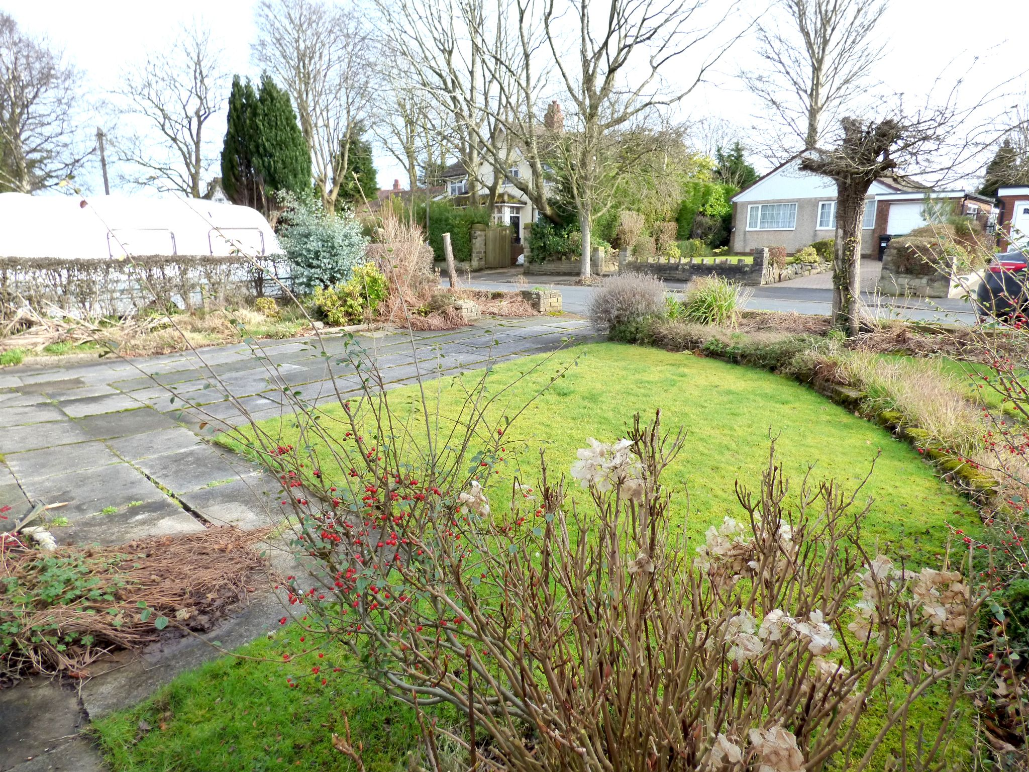 2 Bedroom Detached Bungalow For Sale - Photograph 14