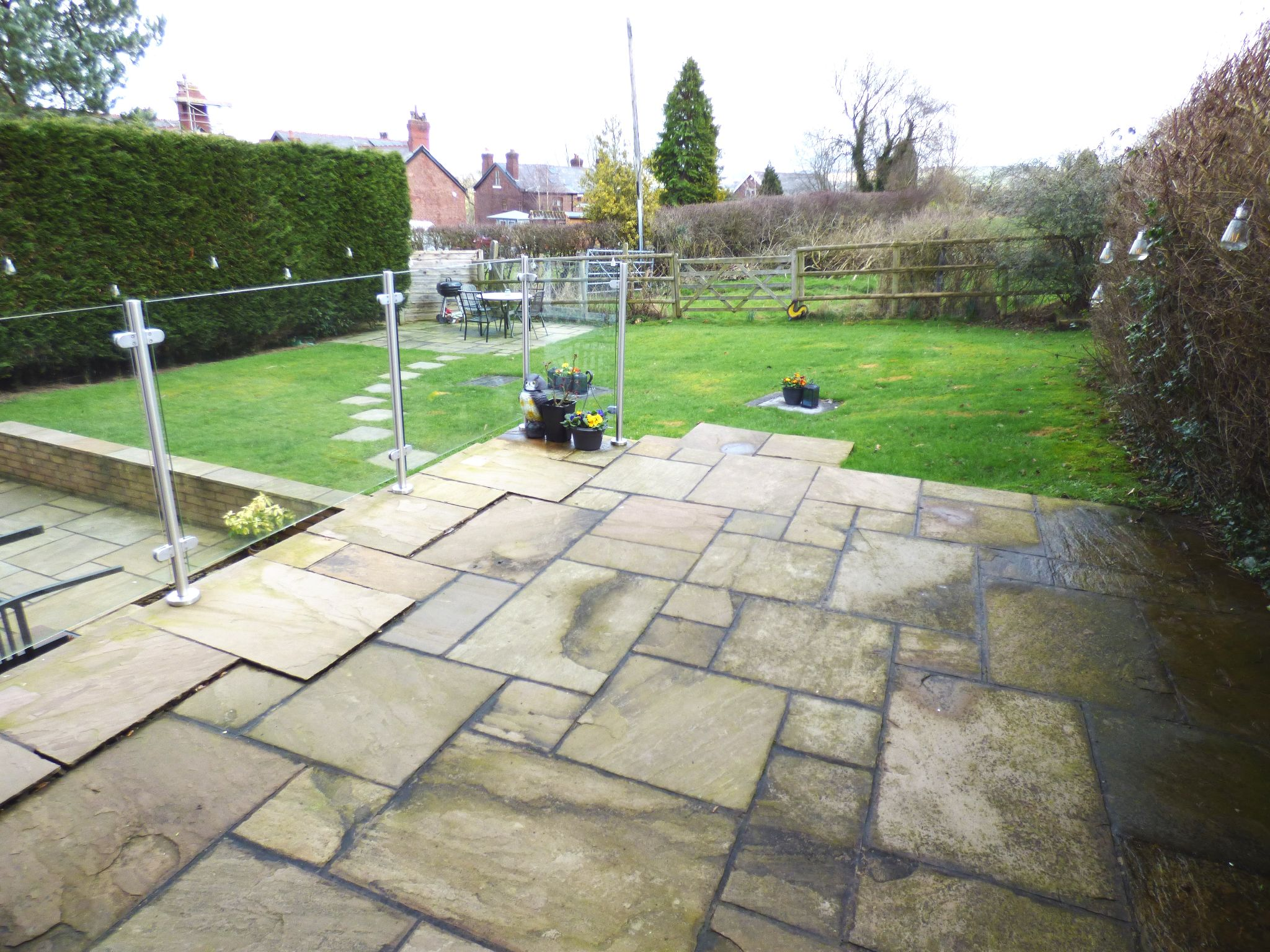 5 Bedroom Detached House For Sale - Patio Area