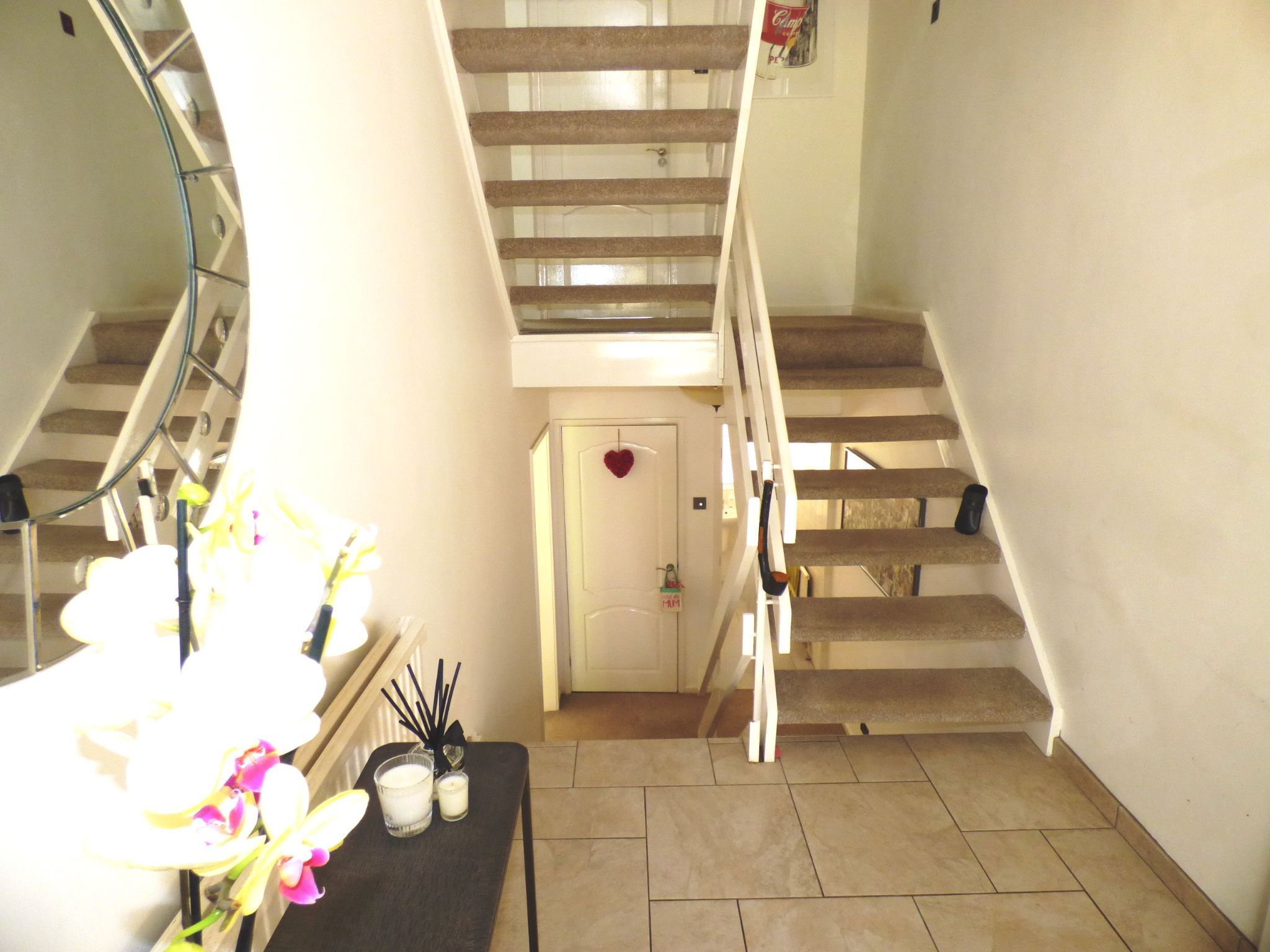 5 Bedroom Detached House For Sale - Hallway
