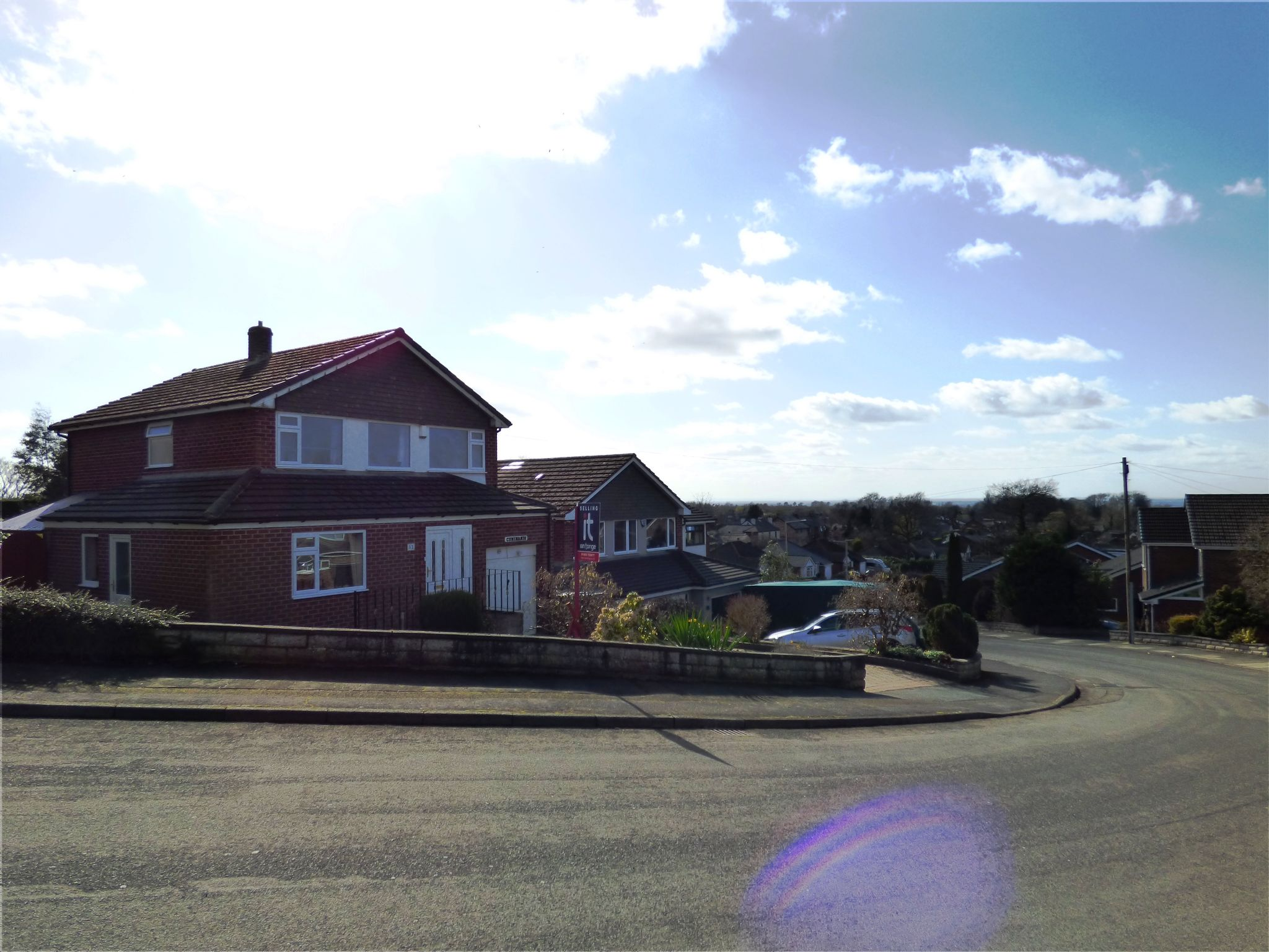 4 Bedroom Detached House For Sale - Front Views