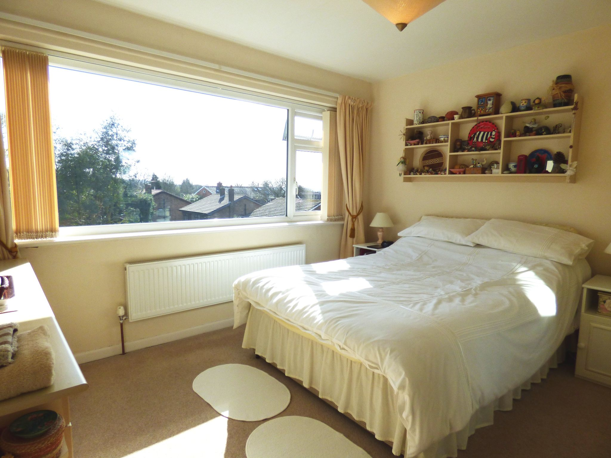 4 Bedroom Detached House For Sale - Bedroom One