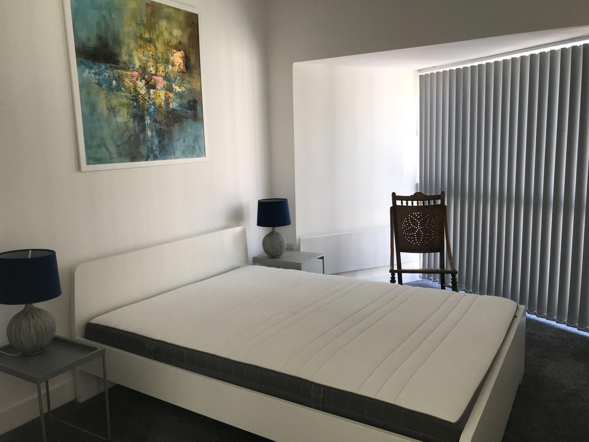 2 Bedroom Apartment Flat/apartment - Photograph 5