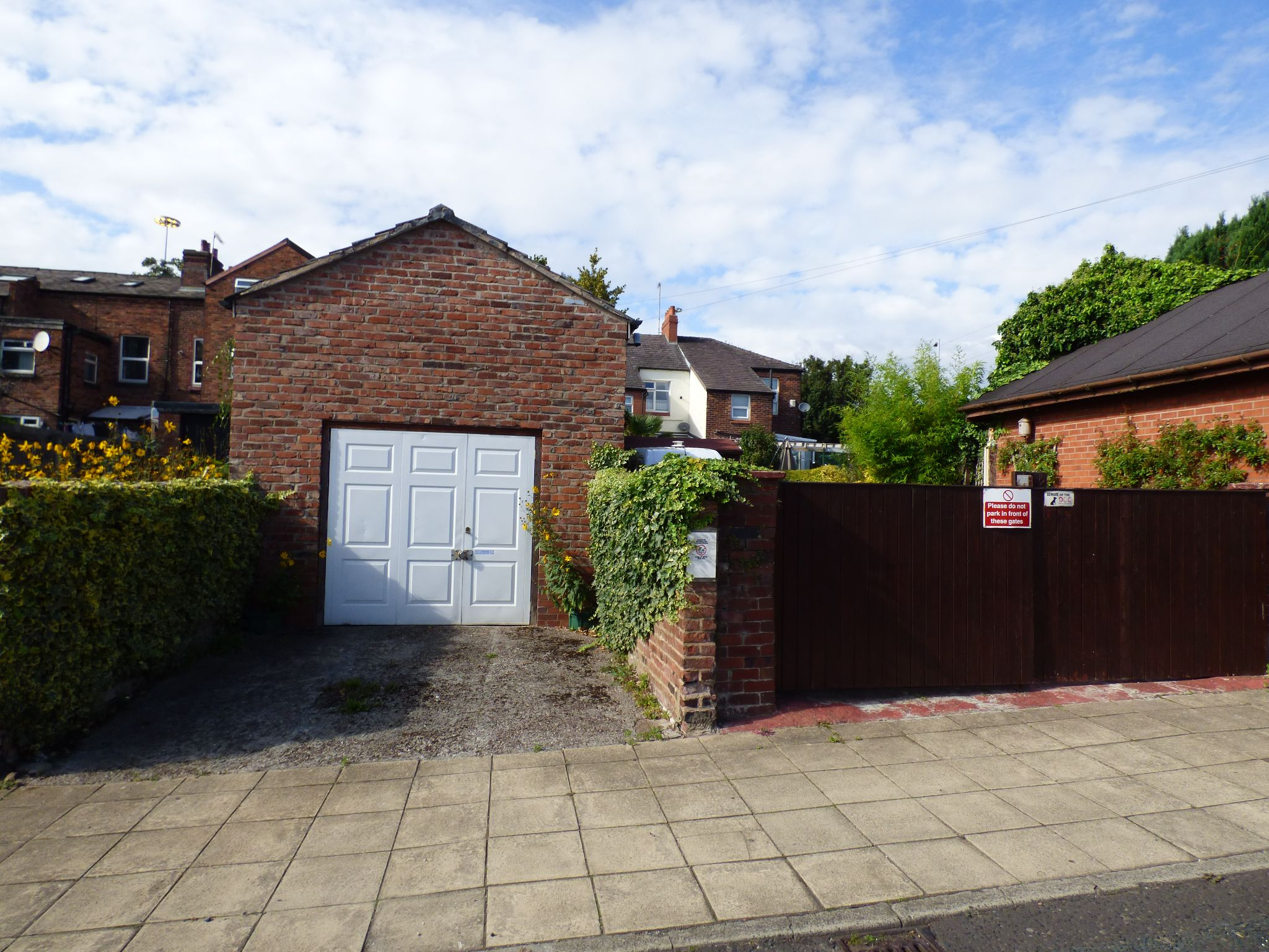 2 Bedroom Mid Terraced House For Sale - Photograph 21