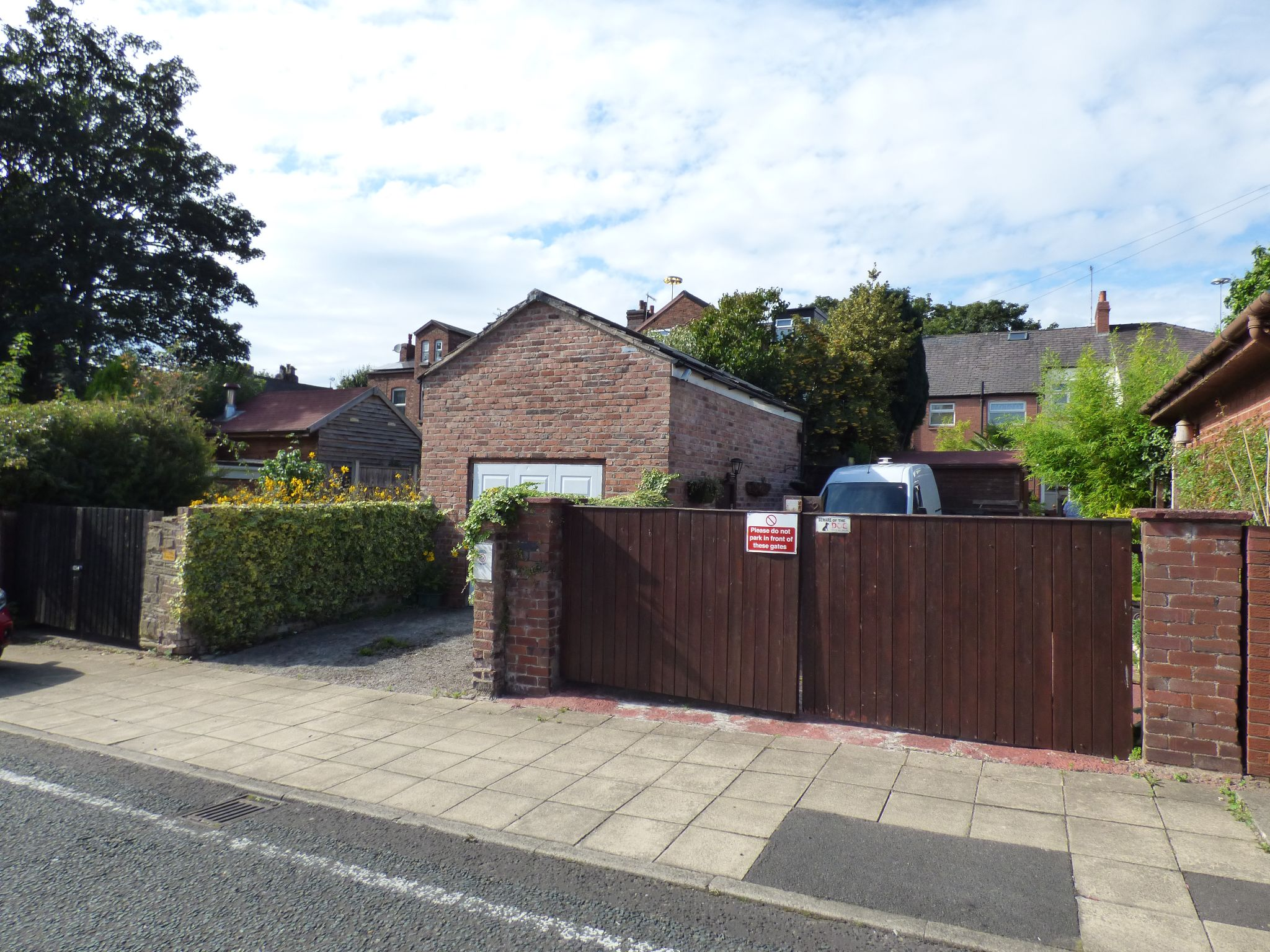 2 Bedroom Mid Terraced House For Sale - Photograph 20