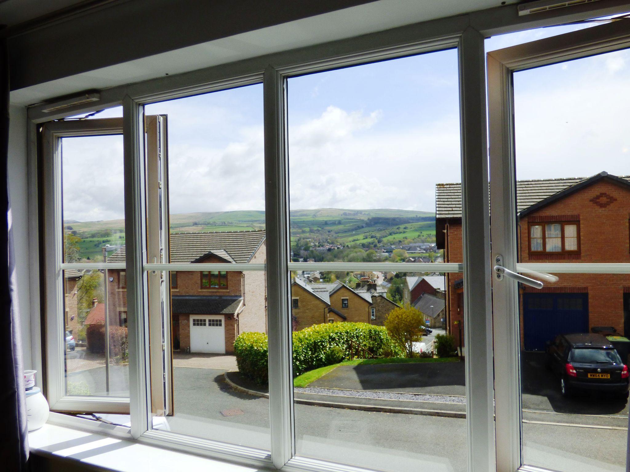 4 Bedroom Semi-detached House For Sale - Lounge Windows