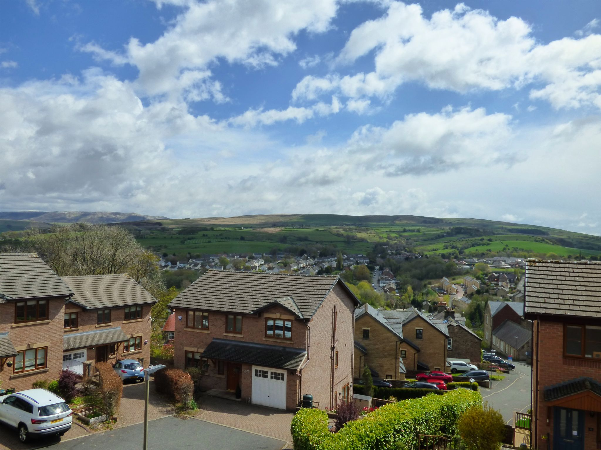 4 Bedroom Semi-detached House For Sale - Bedroom One View