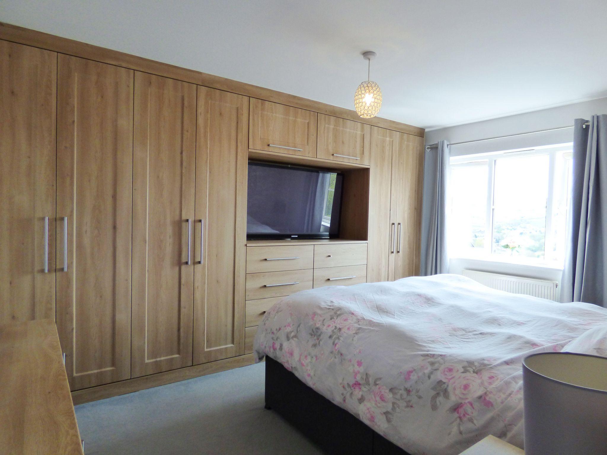 4 Bedroom Semi-detached House For Sale - Bedroom One