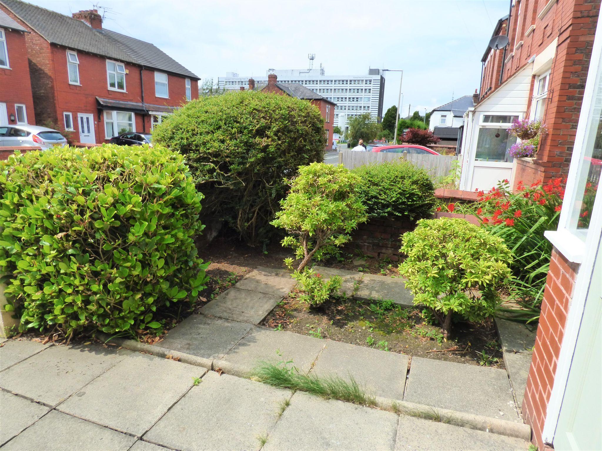 2 Bedroom Semi-detached House For Sale - Front Garden
