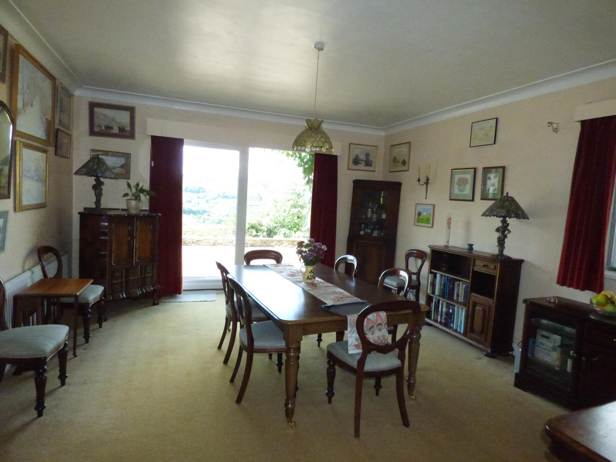 7 Bedroom Detached House For Sale - Photograph 7