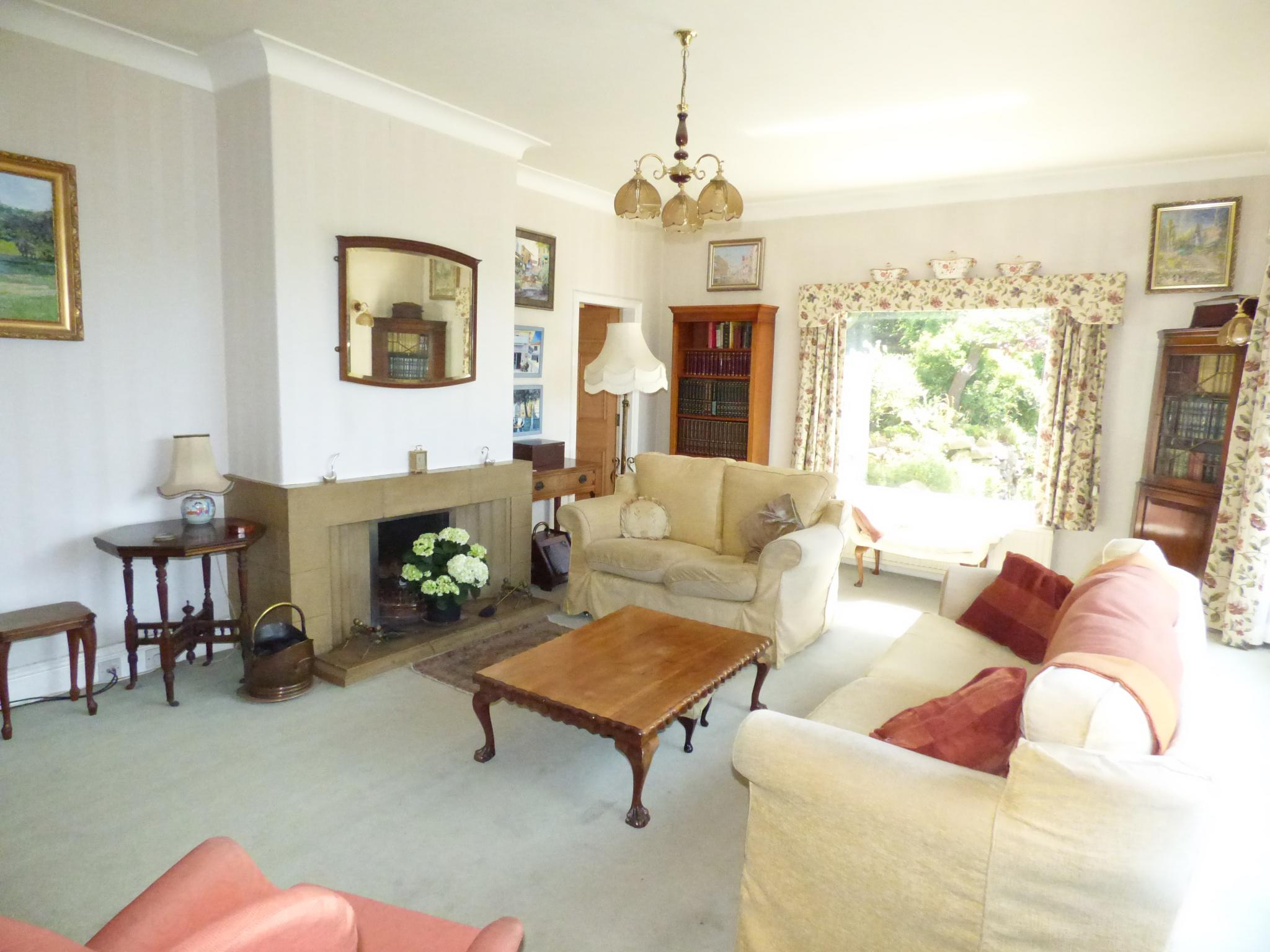 7 Bedroom Detached House For Sale - Photograph 27