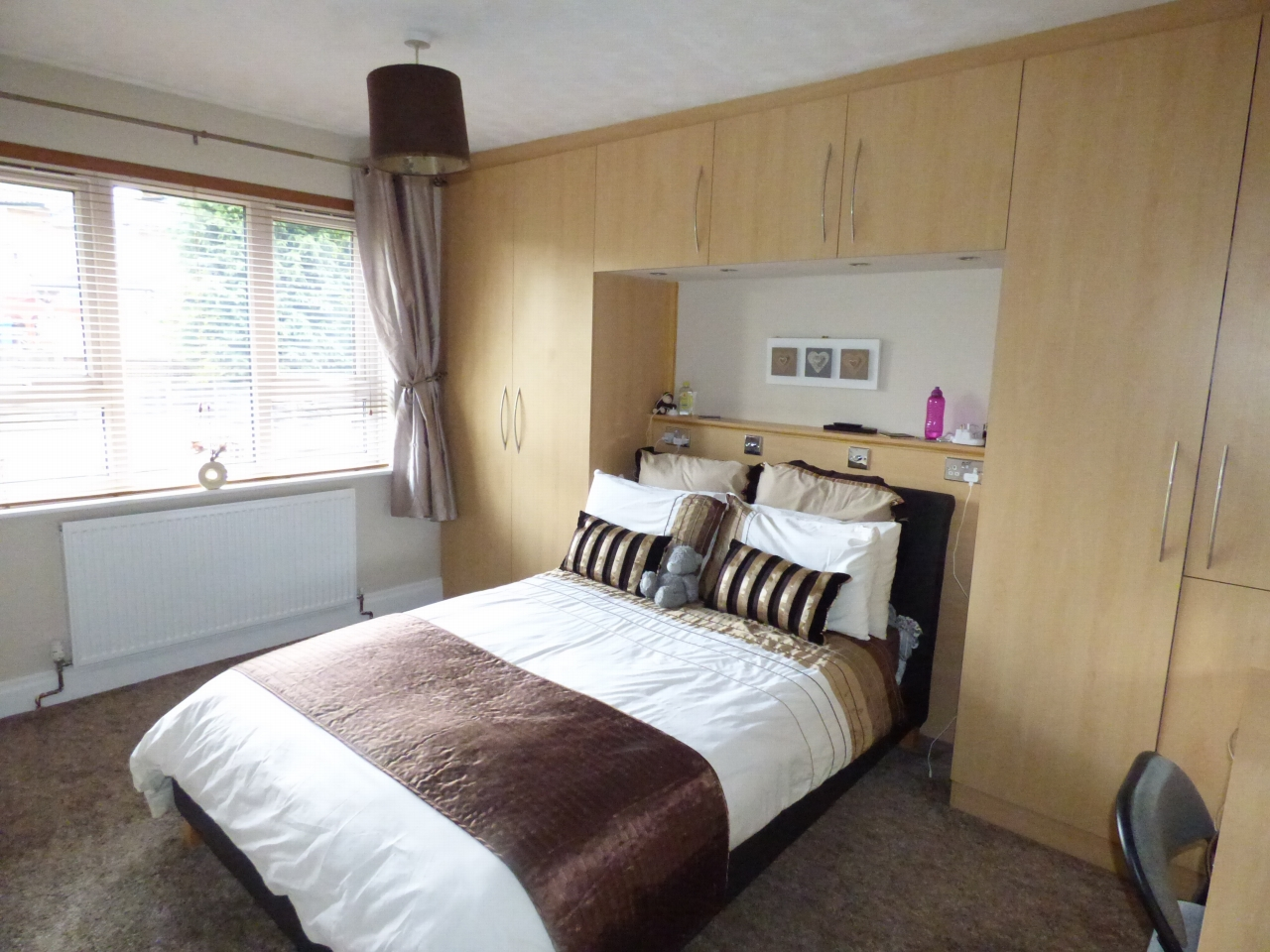 3 Bedroom Semi Detached House For Sale In 42 Bean Leach