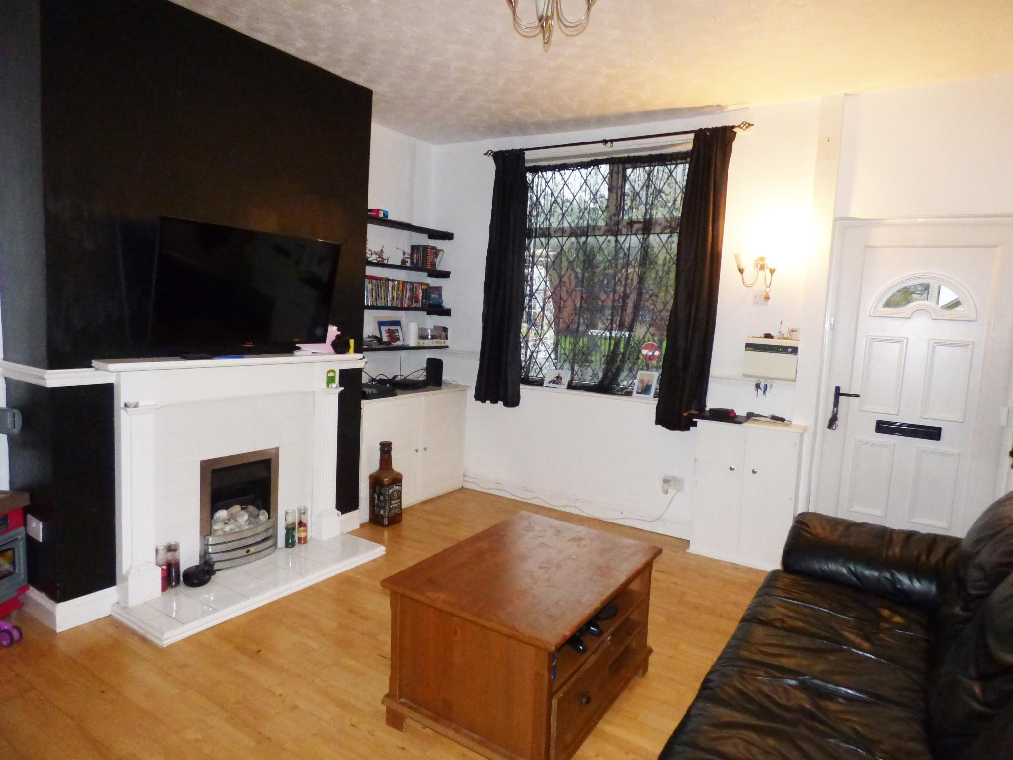 2 Bedroom Mid Terraced House For Sale in 27 Chapel Street, Stockport on