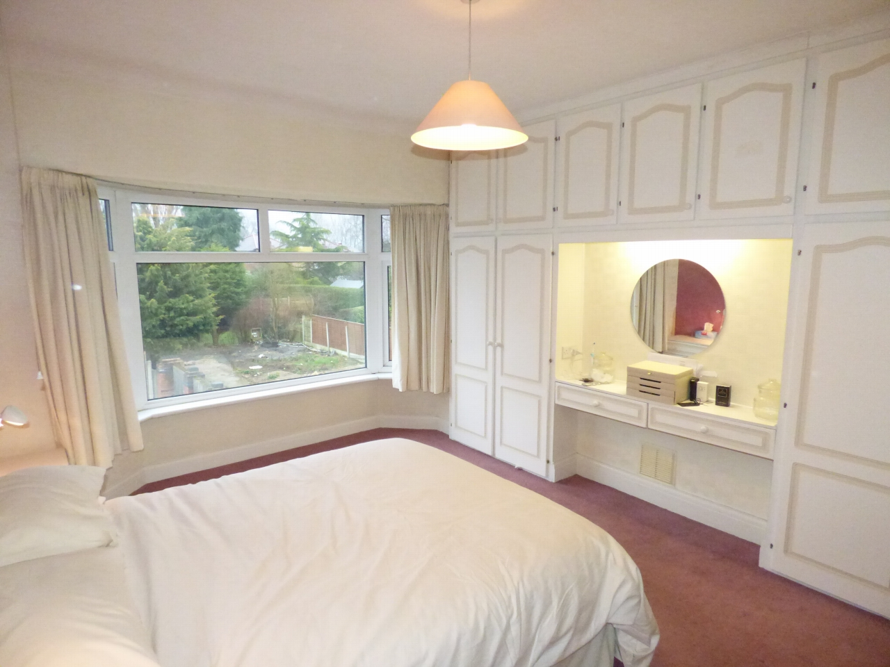 3 Bedroom Semi detached House For Sale in 20 Beaufort Road