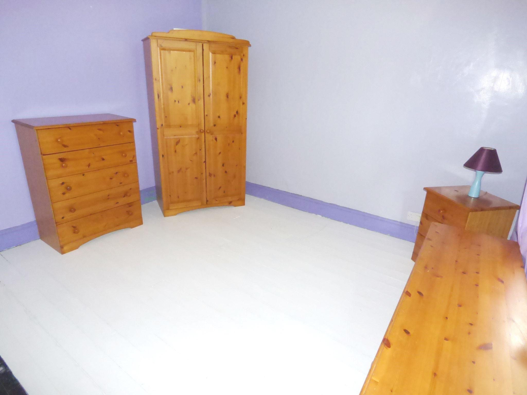 6 Bedroom Detached House For Sale - Cottage Bedroom