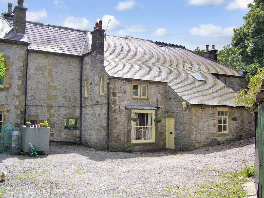 6 Bedroom Detached House For Sale - Rear External