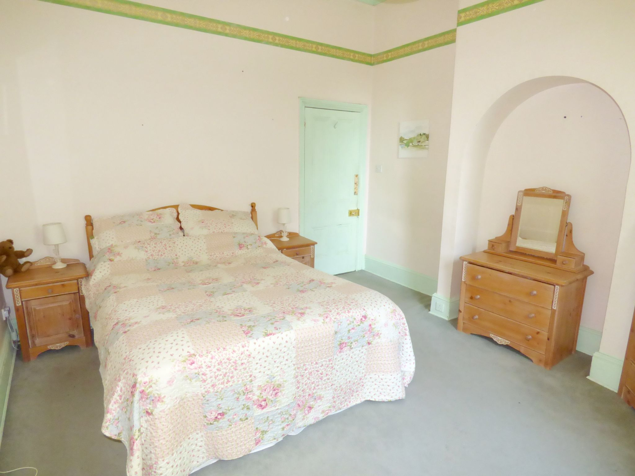 6 Bedroom Detached House For Sale - Bedroom One