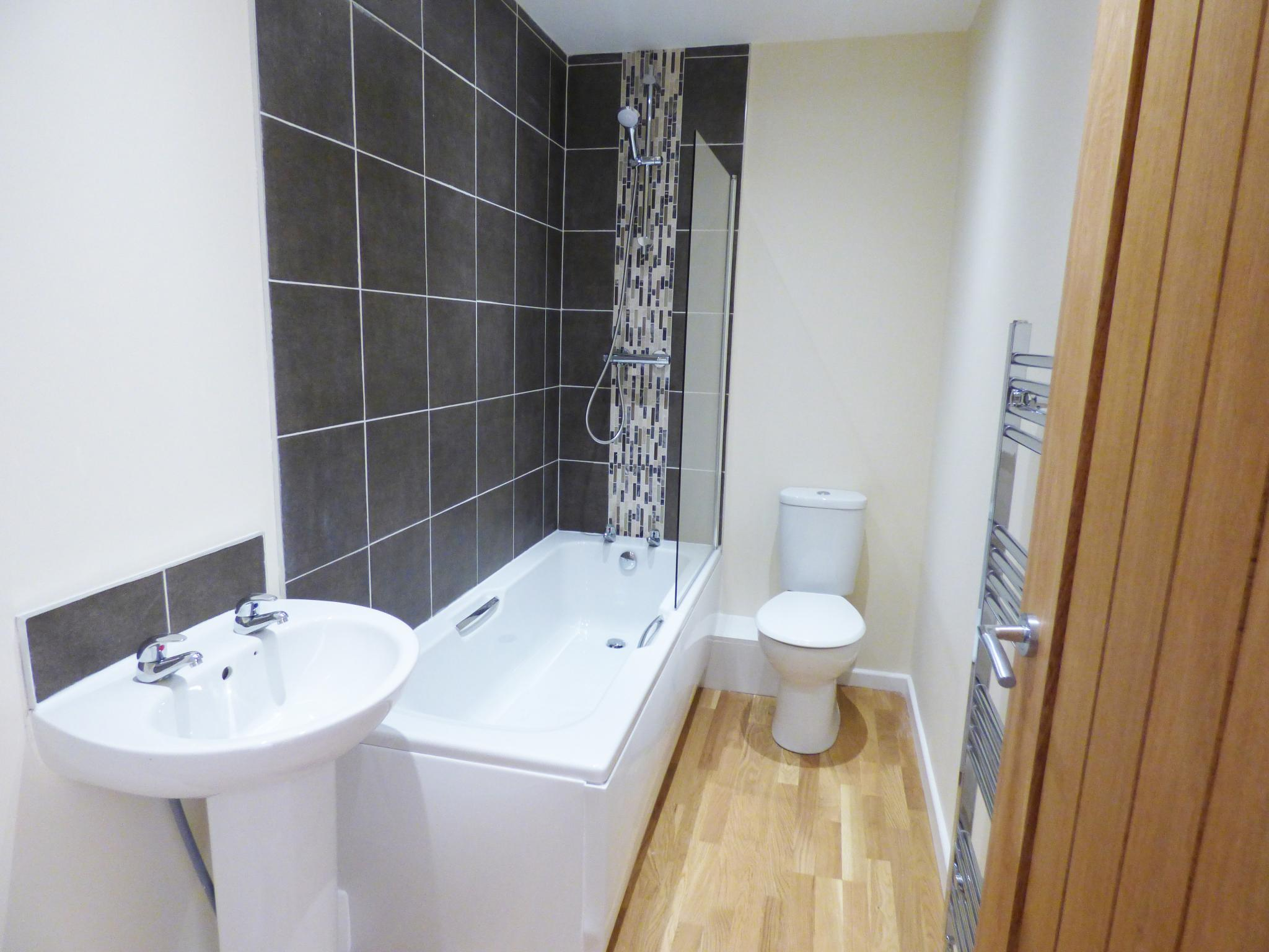 3 Bedroom Mid Terraced House For Sale in 37 Chapel Street, Stockport on
