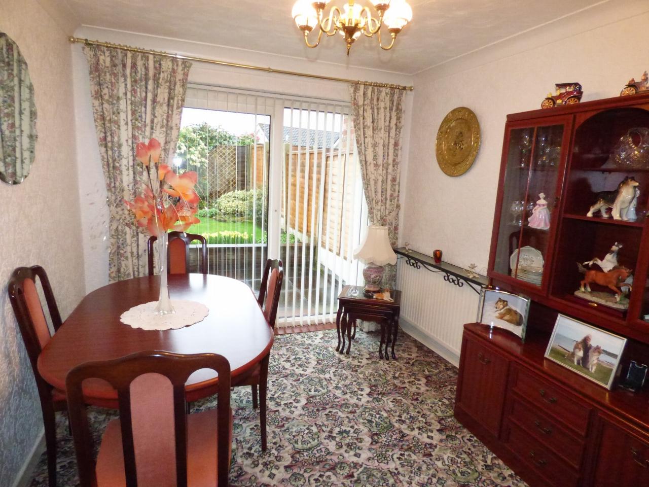 3 Bedroom Semi-detached House For Sale - Image 3