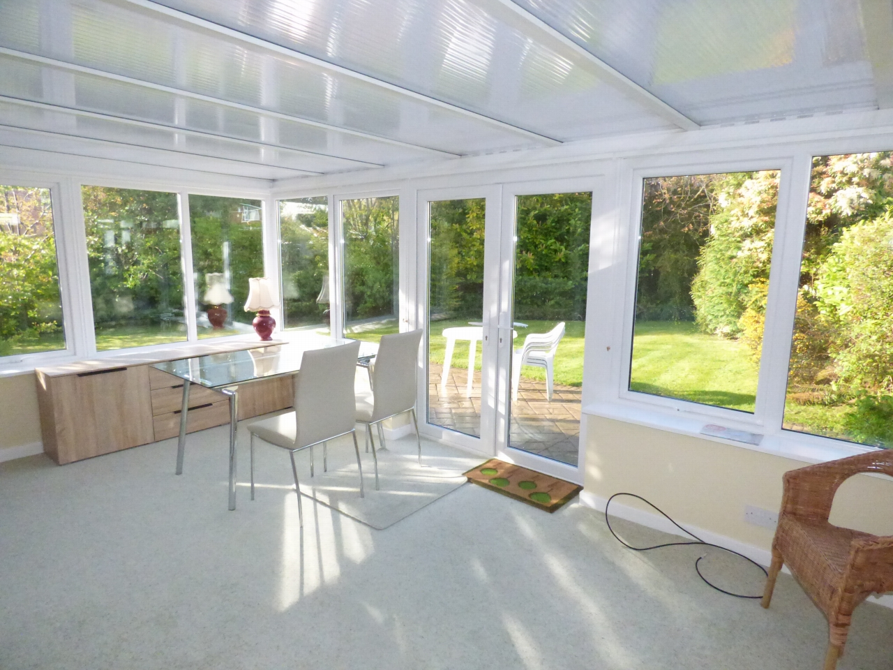 2 Bedroom Detached Bungalow Bungalow For Sale - Image 5
