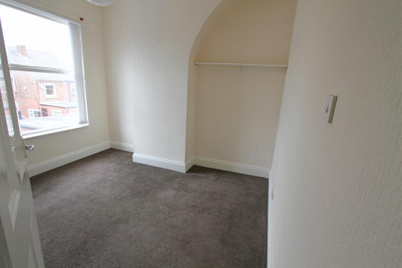 Gladstone Street St Helens Wa10 4nw 2 Bedroom Mid