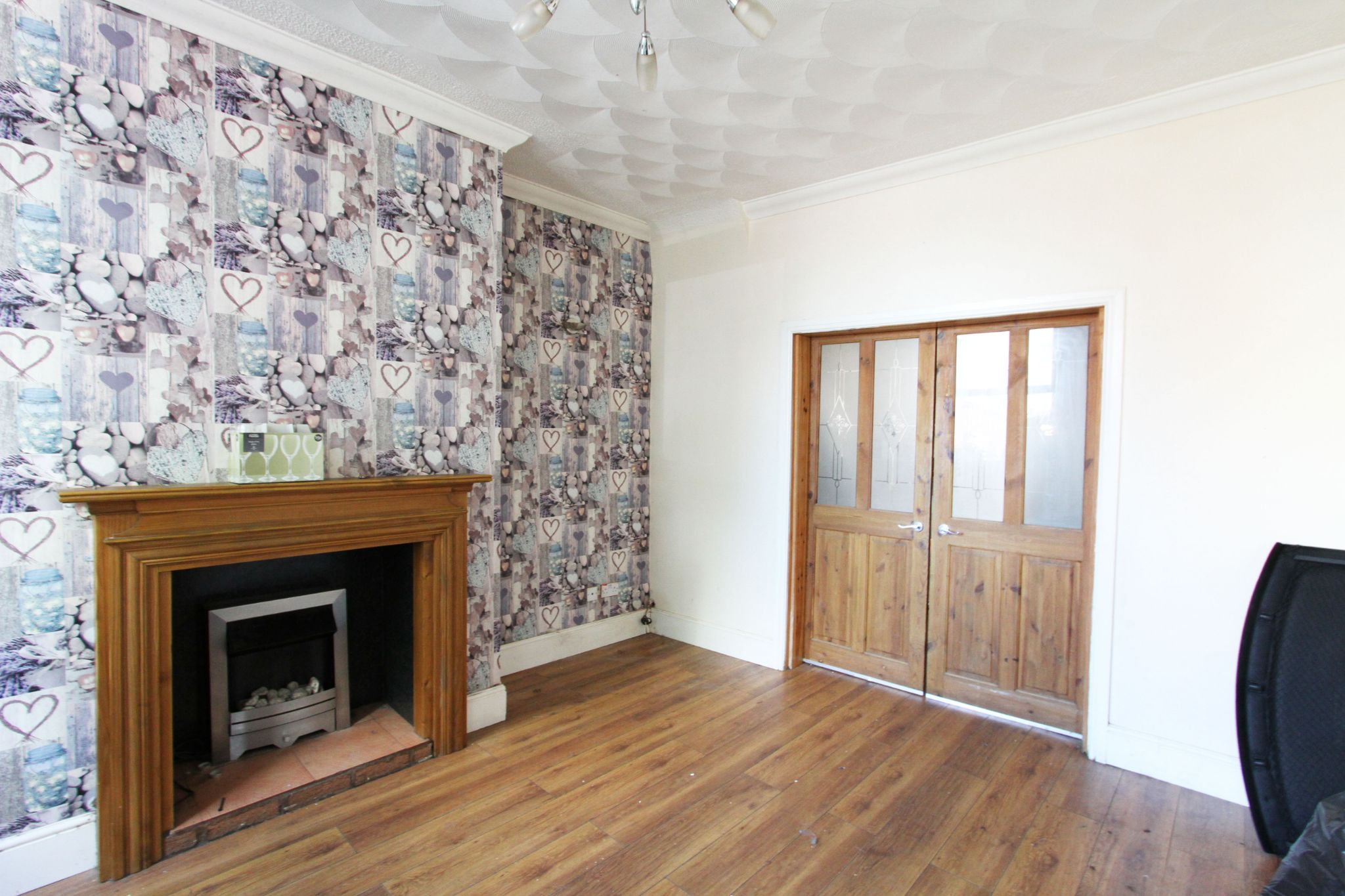 3 bedroom mid terraced house To Let in St. Helens - Property photograph