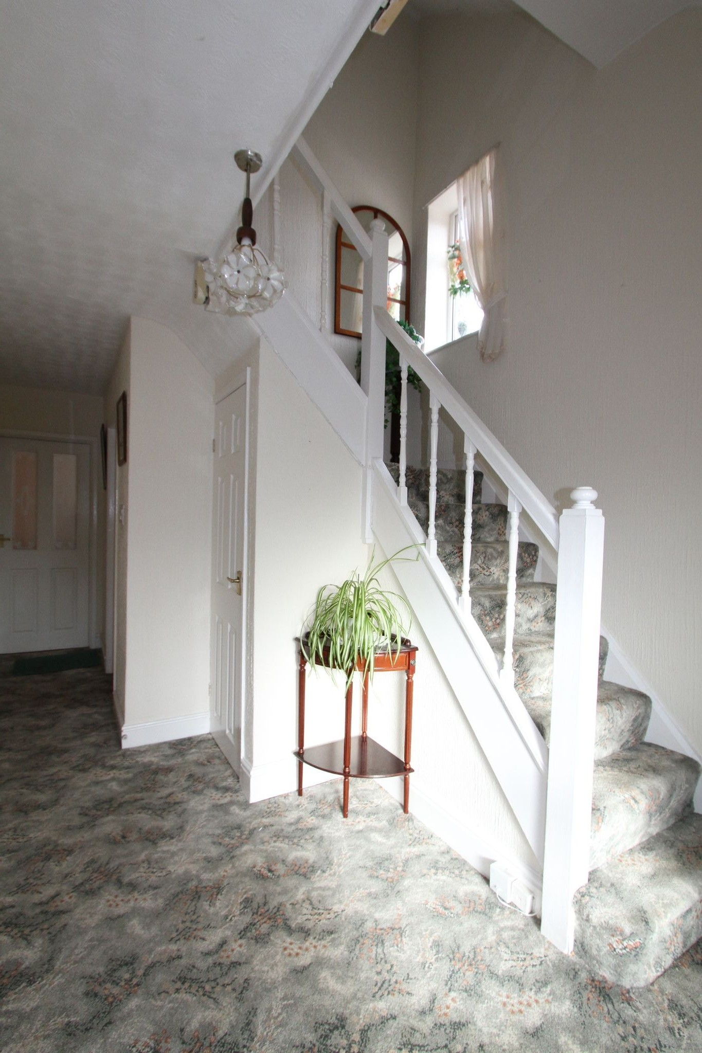 2 bedroom semi-detached house For Sale in Warrington - Property photograph