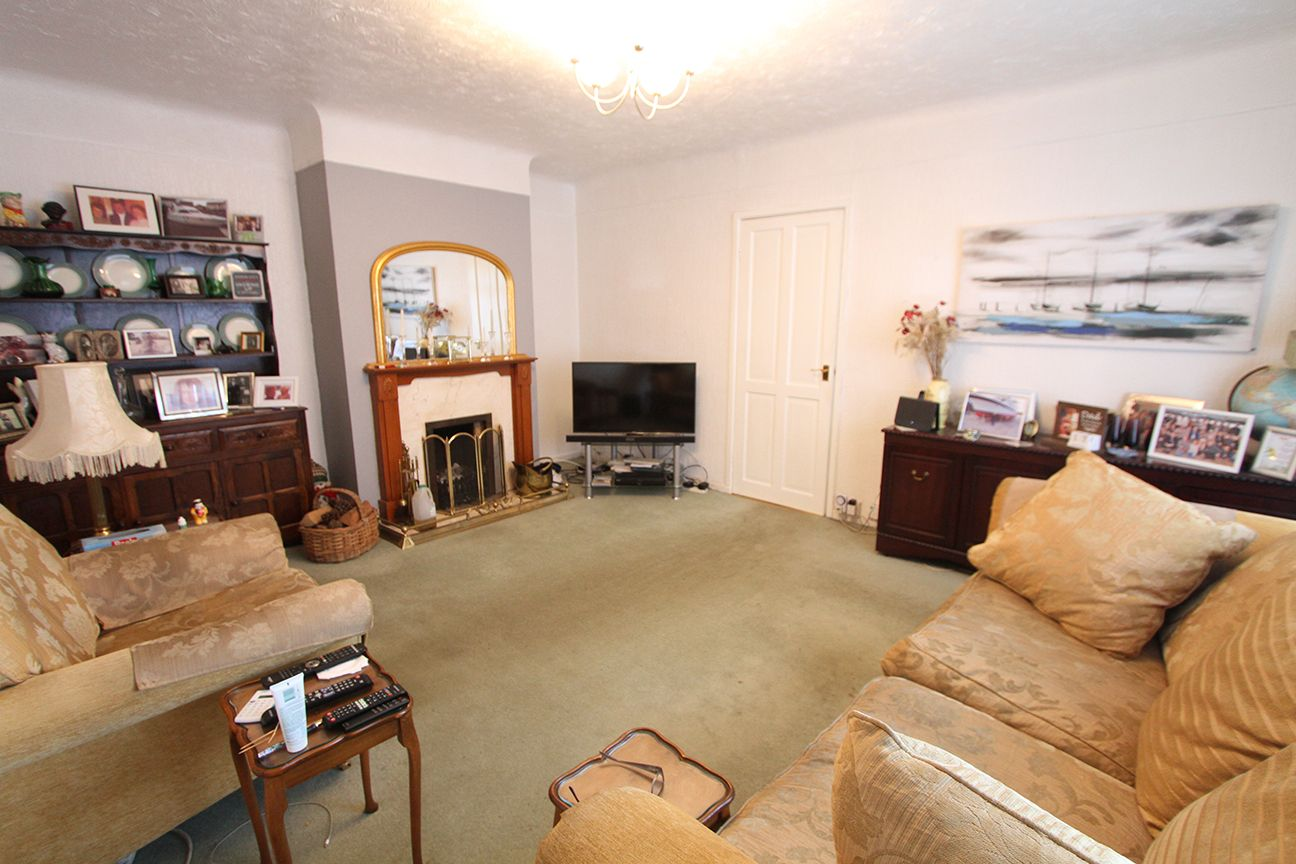 1 bedroom detached bungalow For Sale in Wigan - Property photograph