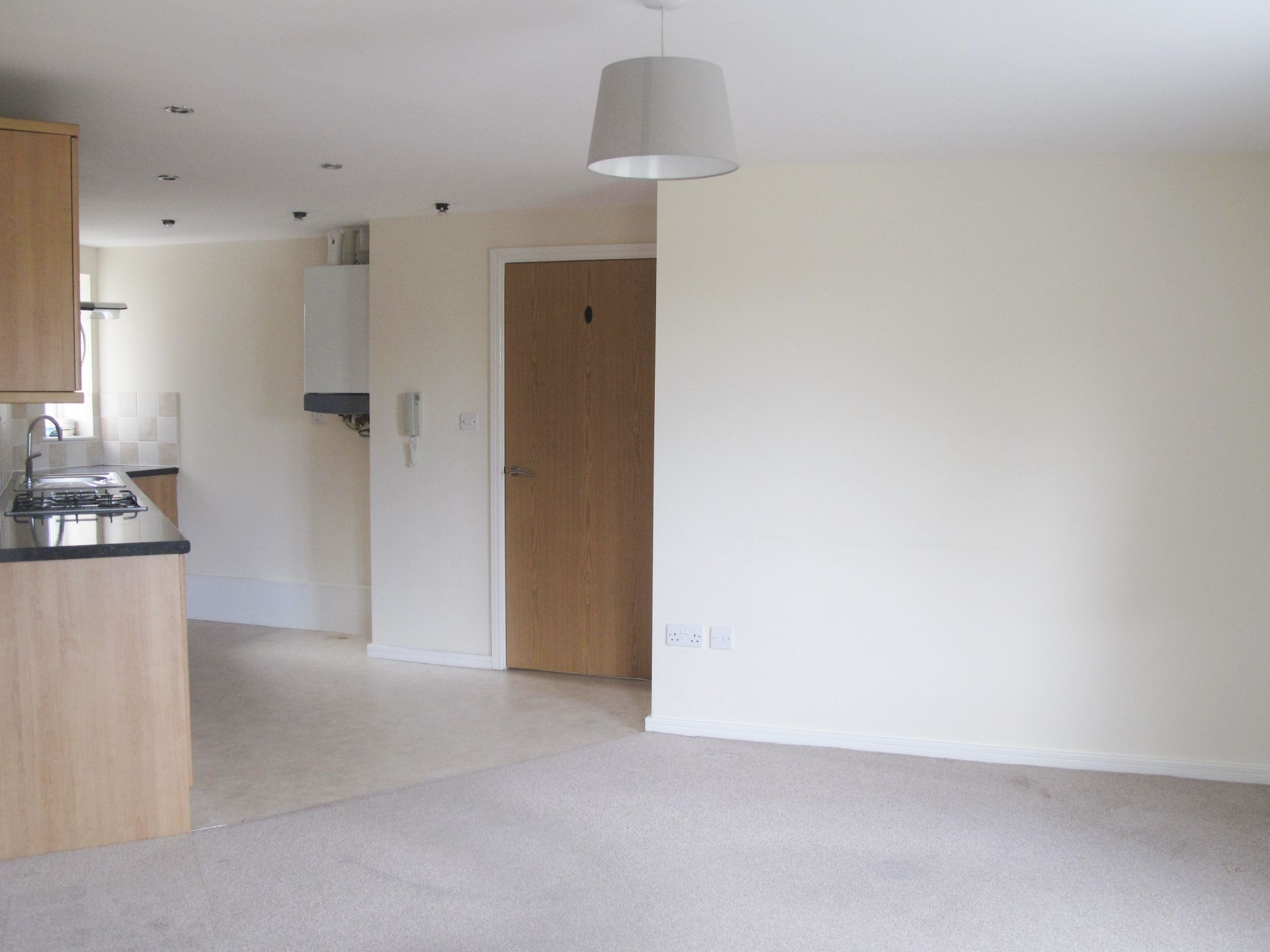2 bedroom apartment flat/apartment To Let in Golborne - Property photograph