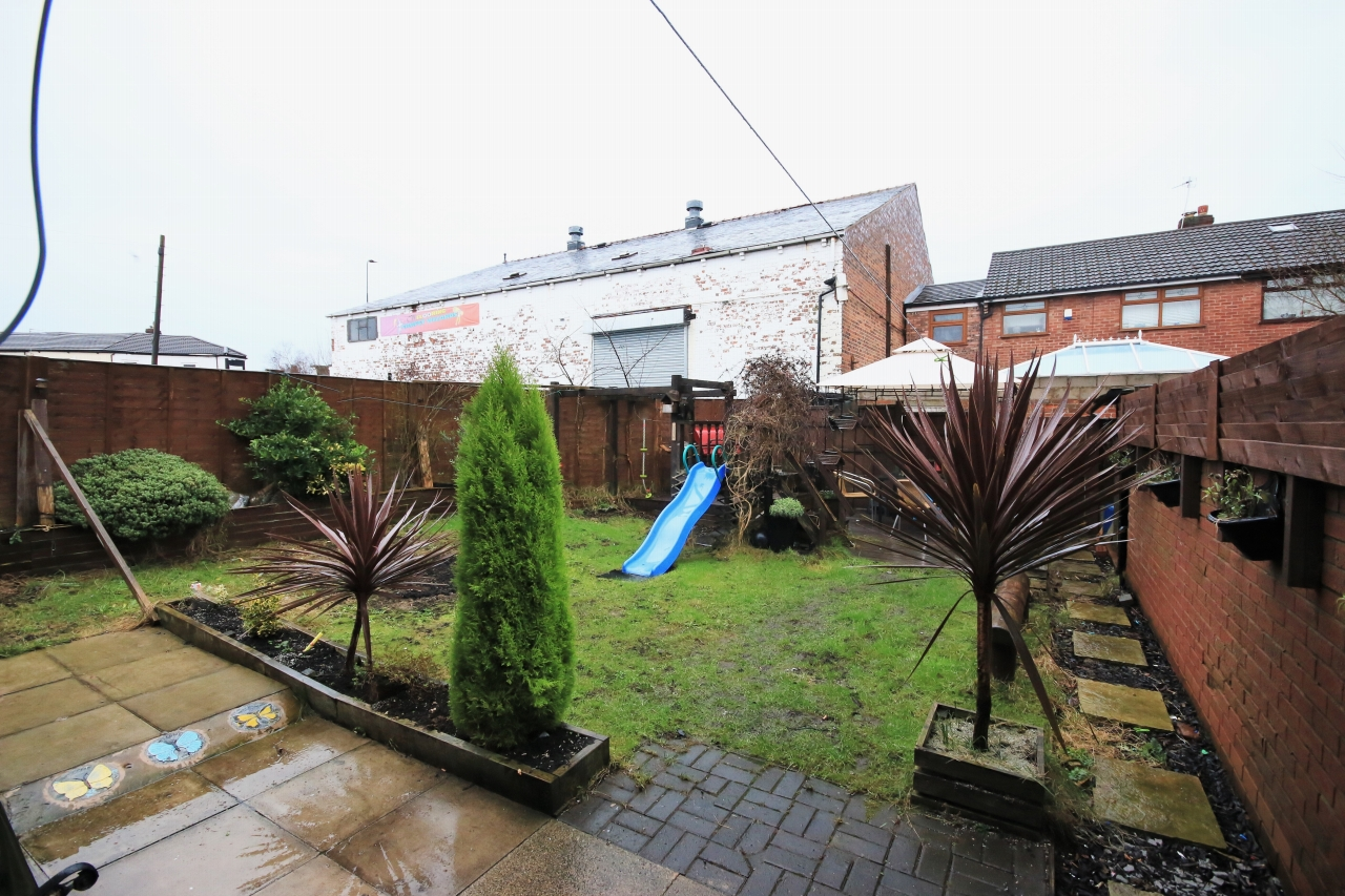 2 Bedroom End Terraced House For Sale - Photograph 6