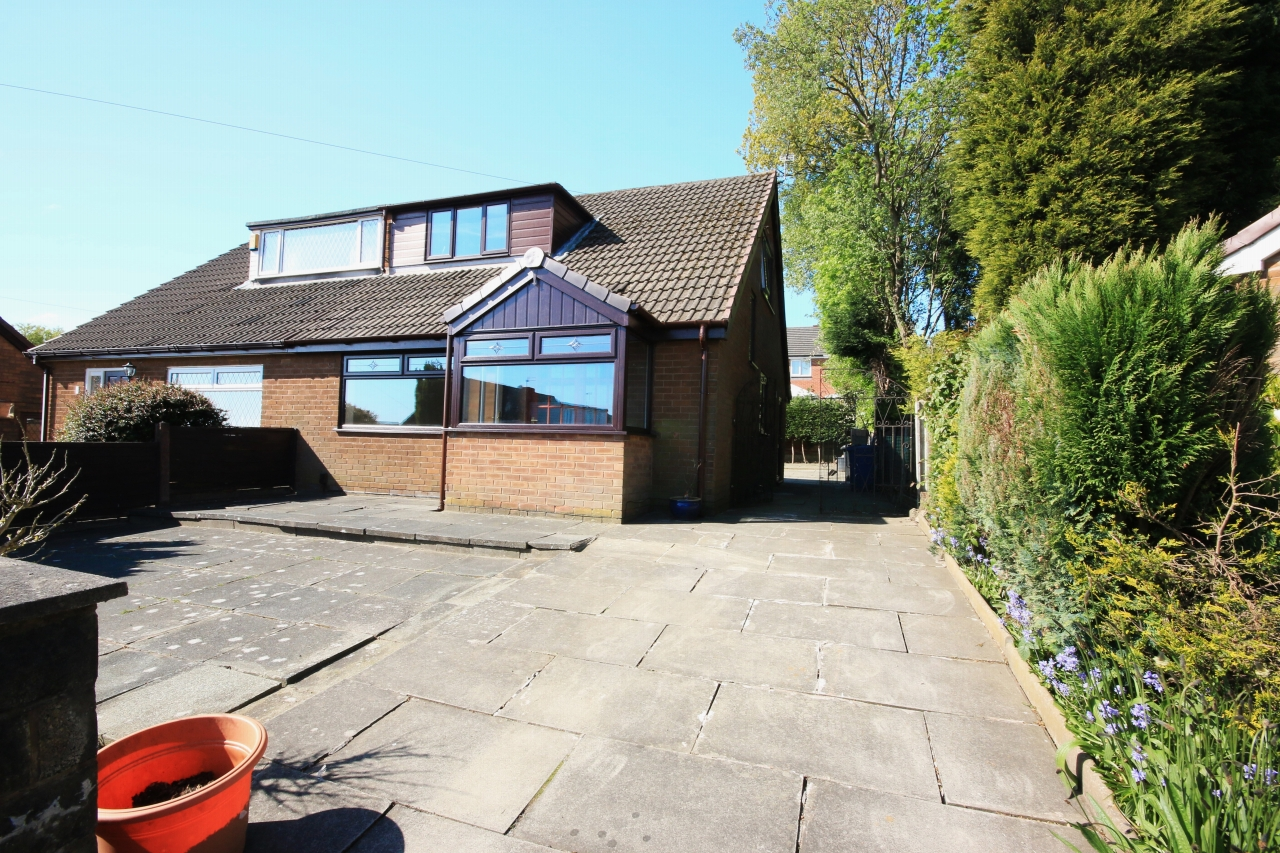 3 bedroom barn conversion house to rent in 8 pendle close for 3 bedroom barn house