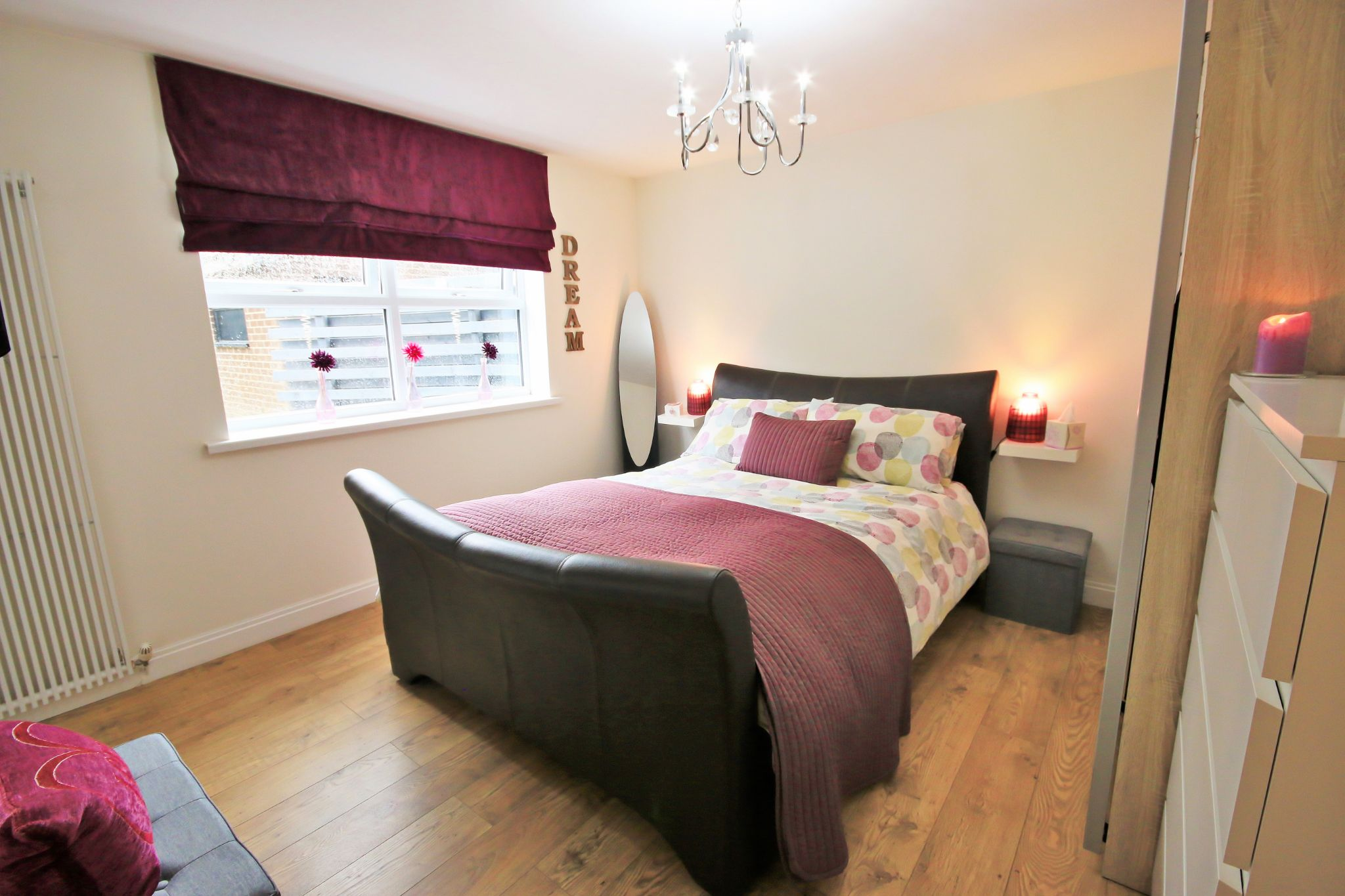 3 Bedroom Detached Bungalow For Sale - Photograph 11