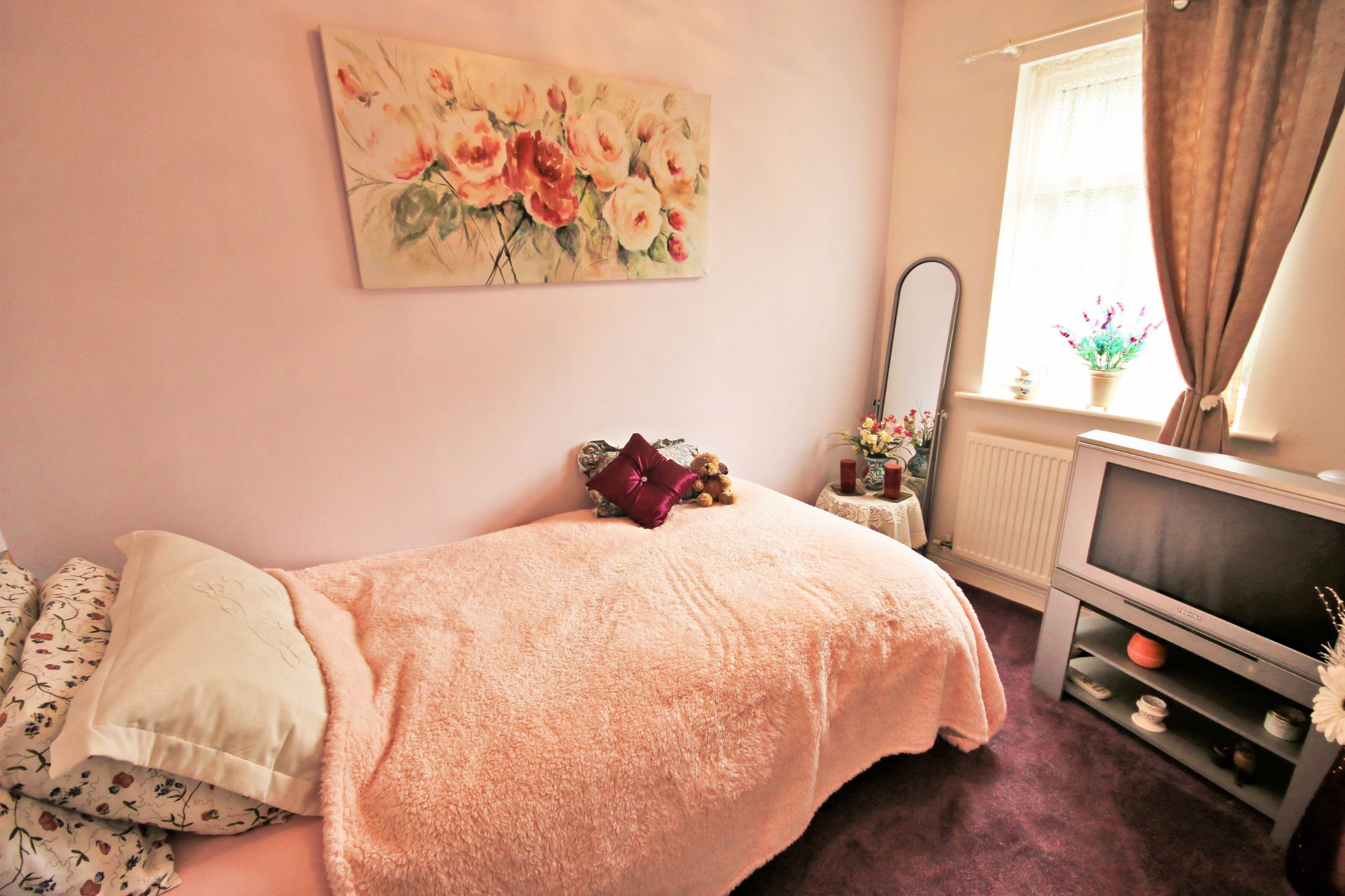 2 Bedroom End Terraced House For Sale - Photograph 11