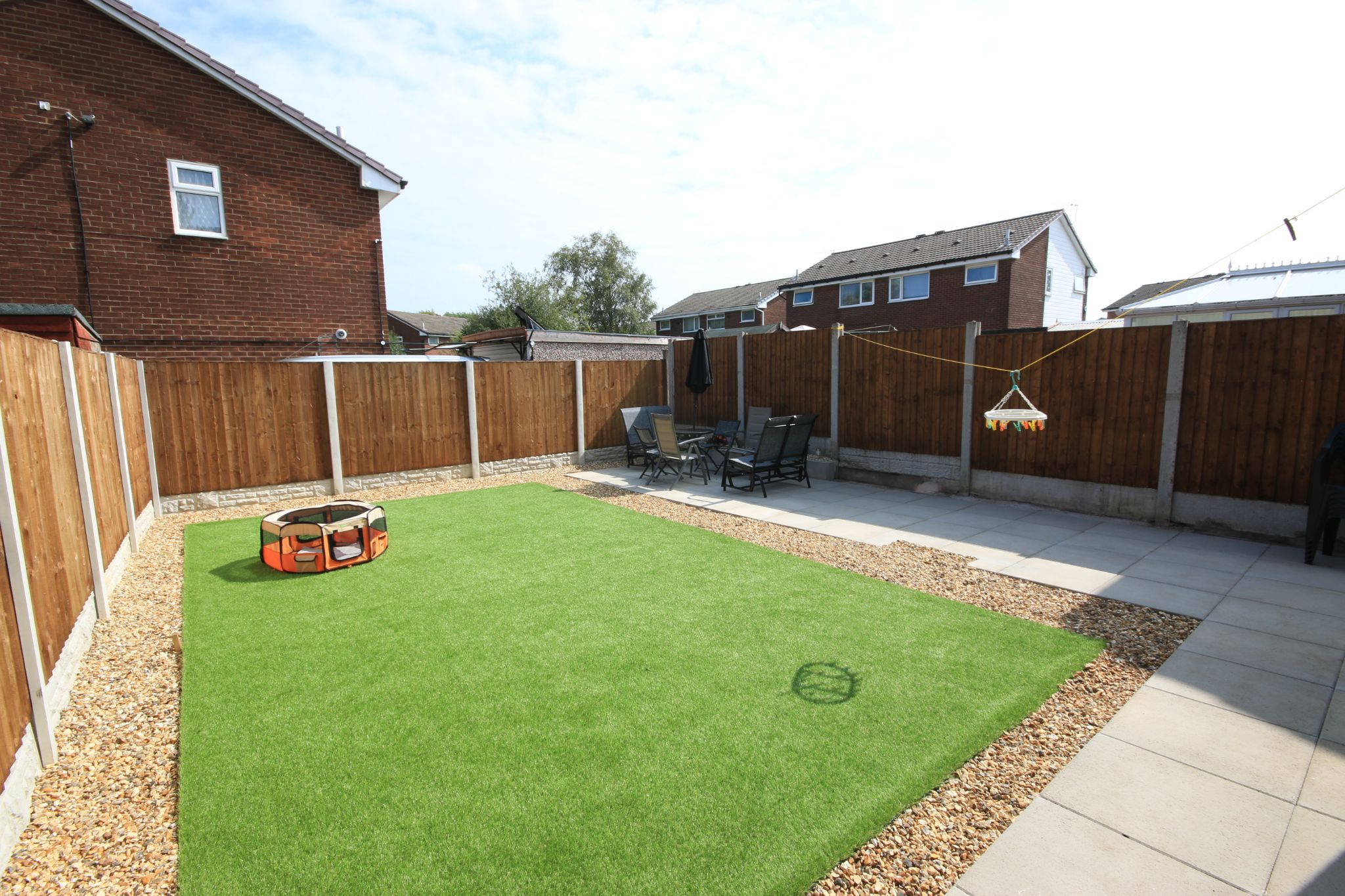 2 Bedroom Semi-detached House For Sale - Photograph 12