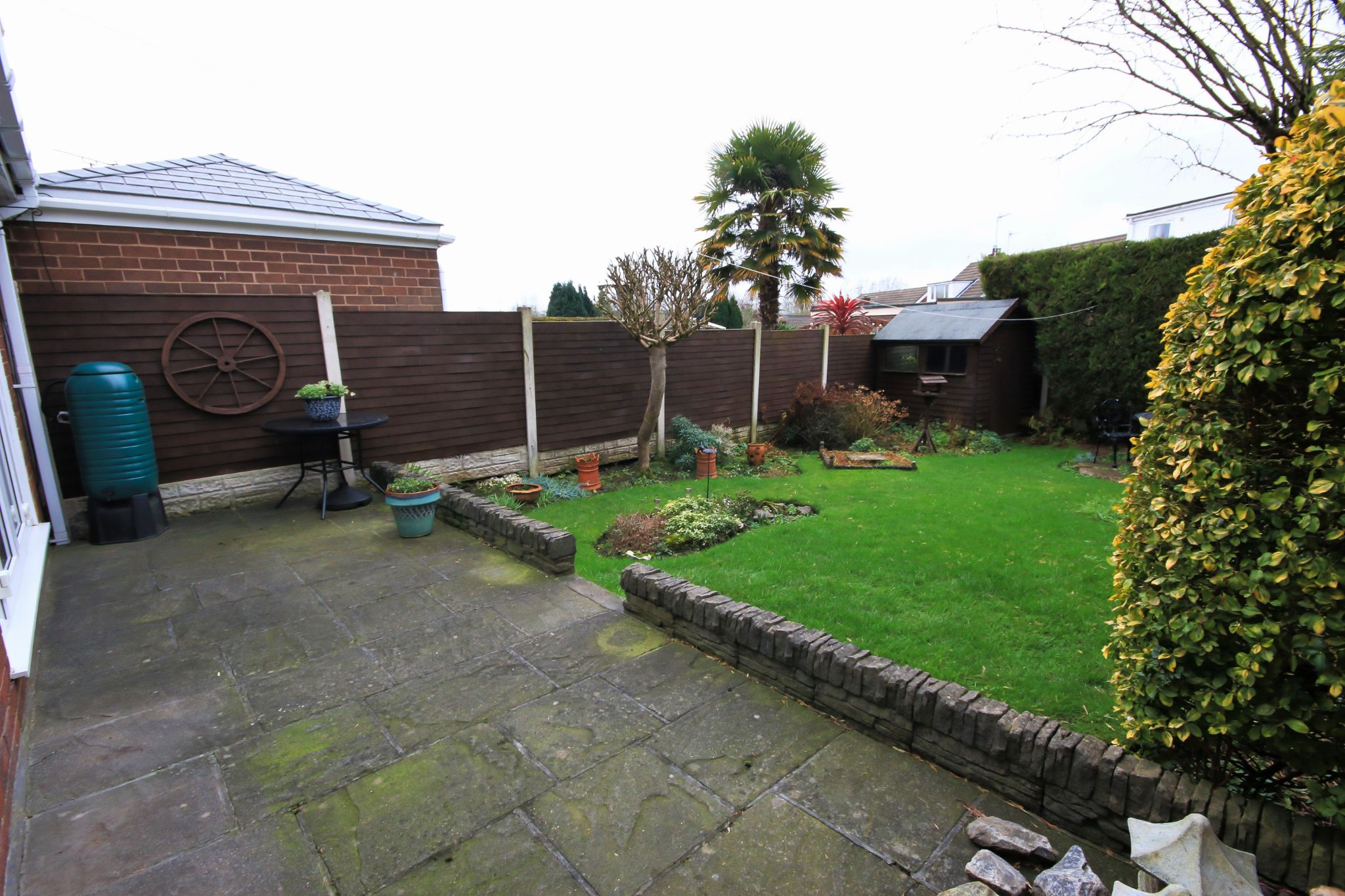 2 Bedroom Semi-detached Bungalow For Sale - Photograph 18