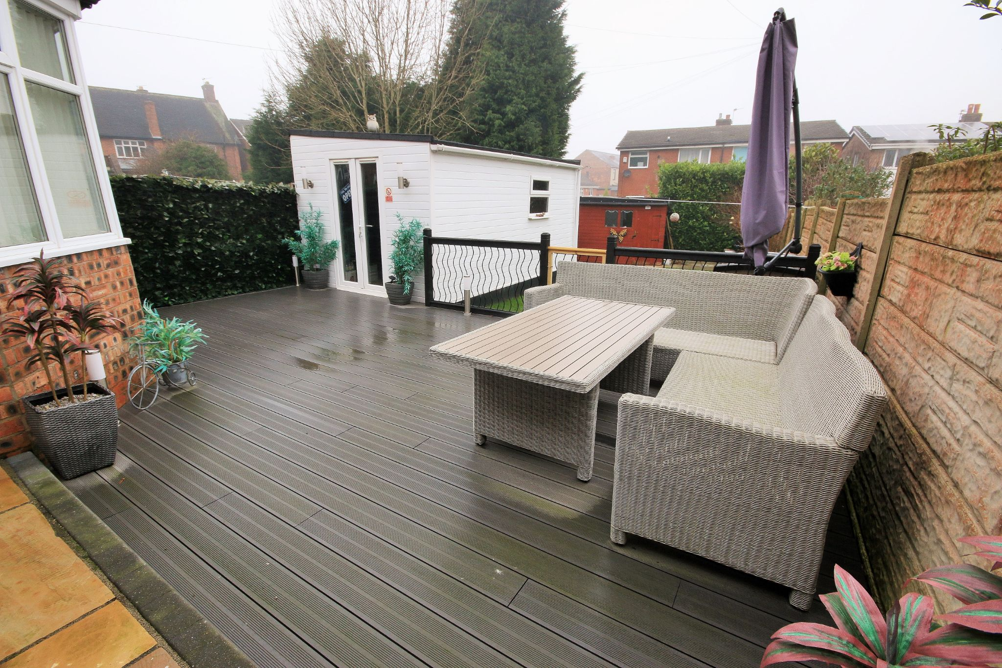 3 Bedroom Mid Terraced House For Sale - Photograph 13