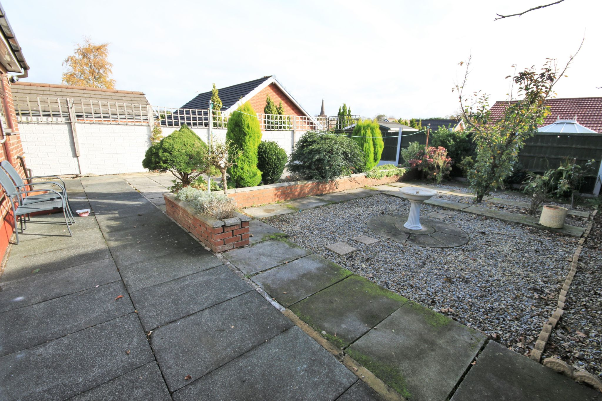 4 Bedroom Semi-detached Bungalow For Sale - Photograph 11