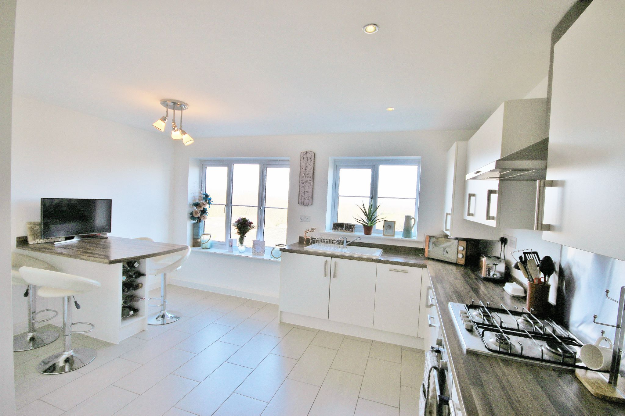 3 Bedroom Mews House For Sale - Photograph 1