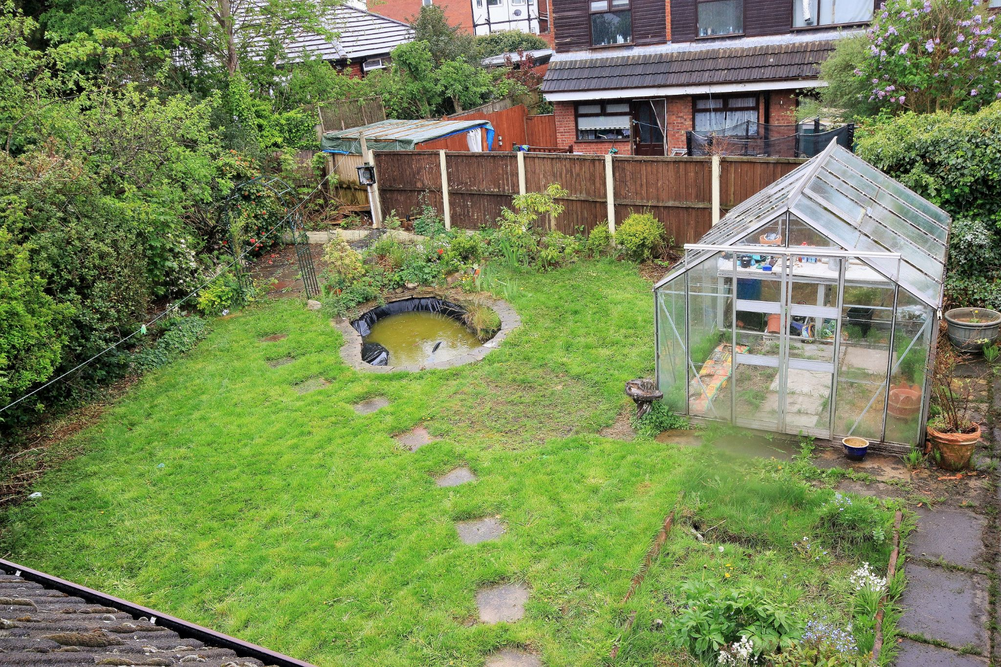 2 Bedroom Detached House For Sale - Photograph 9