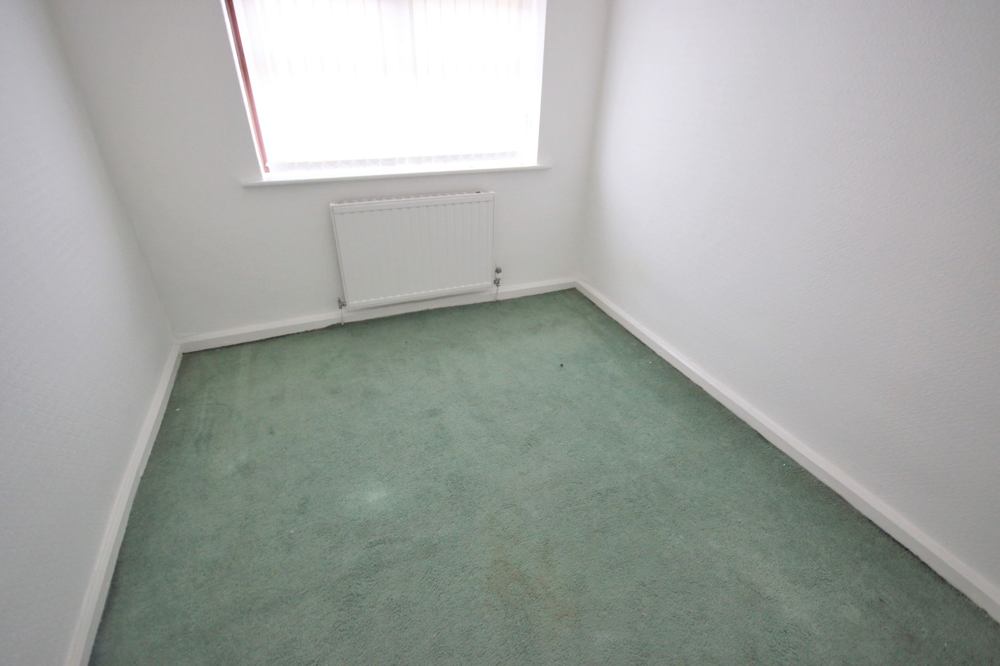 2 Bedroom End Terraced House For Sale - Photograph 5