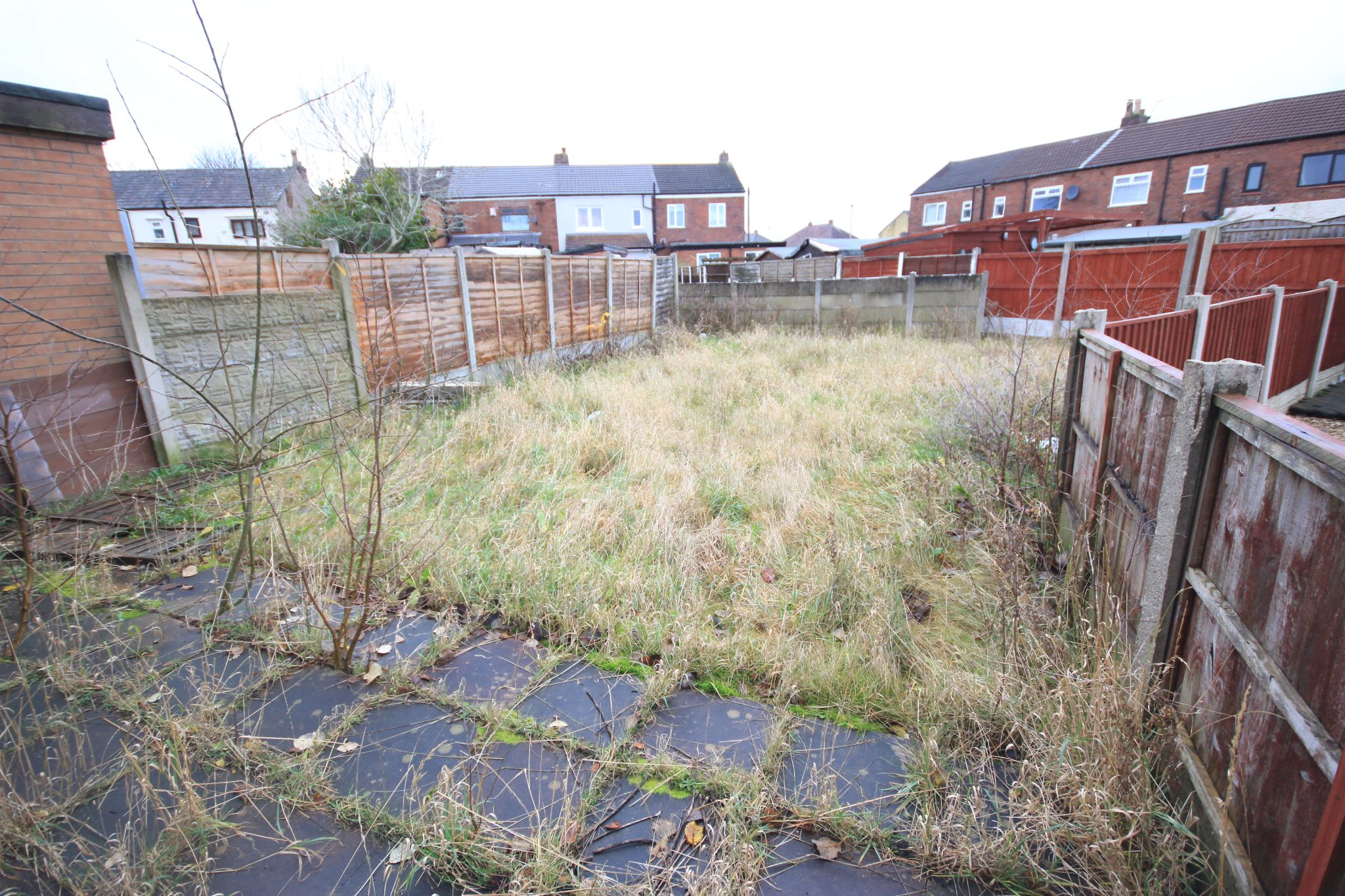 2 Bedroom End Terraced House For Sale - Photograph 8