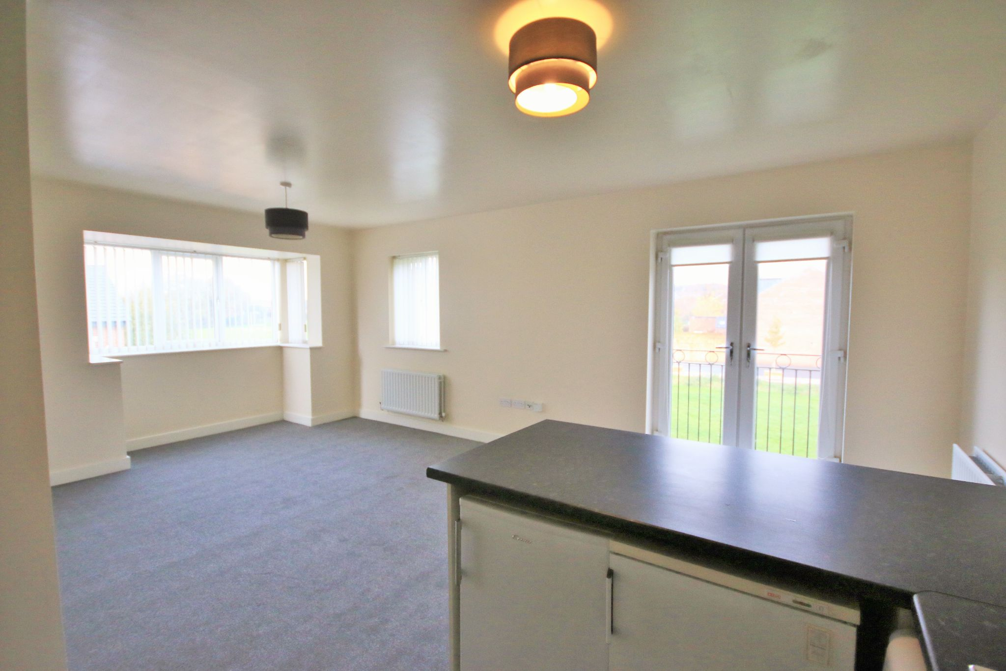 2 Bedroom Apartment Flat/apartment For Sale - Photograph 5