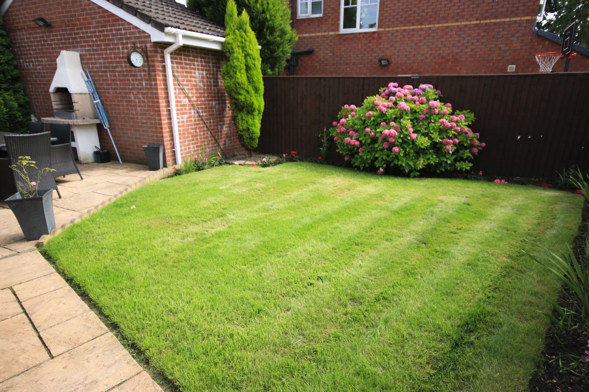 3 Bedroom Detached House For Sale - Photograph 20