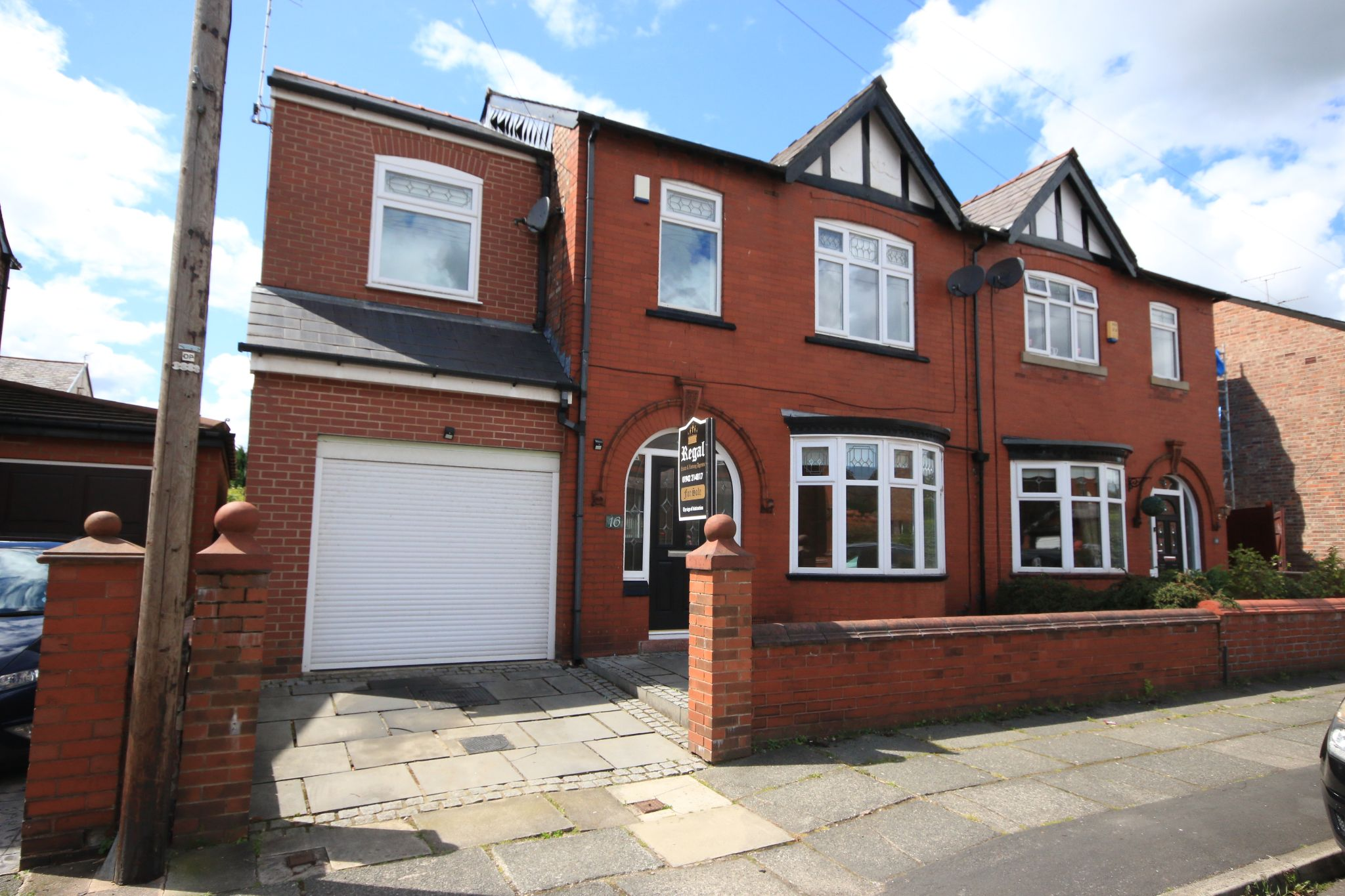 5 Bedroom Semi-detached House For Sale - Photograph 1