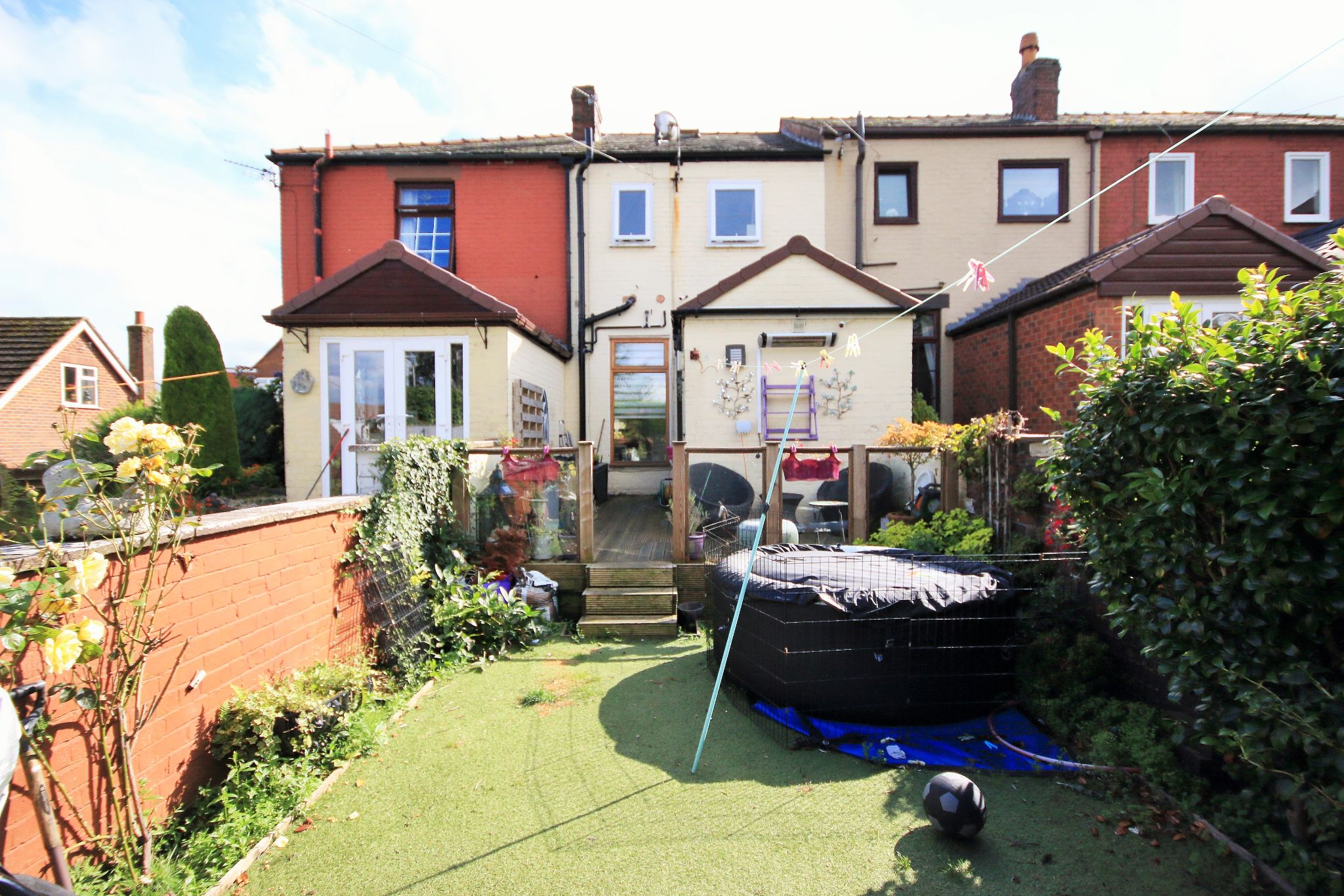 2 Bedroom Mid Terraced House For Sale - Photograph 13
