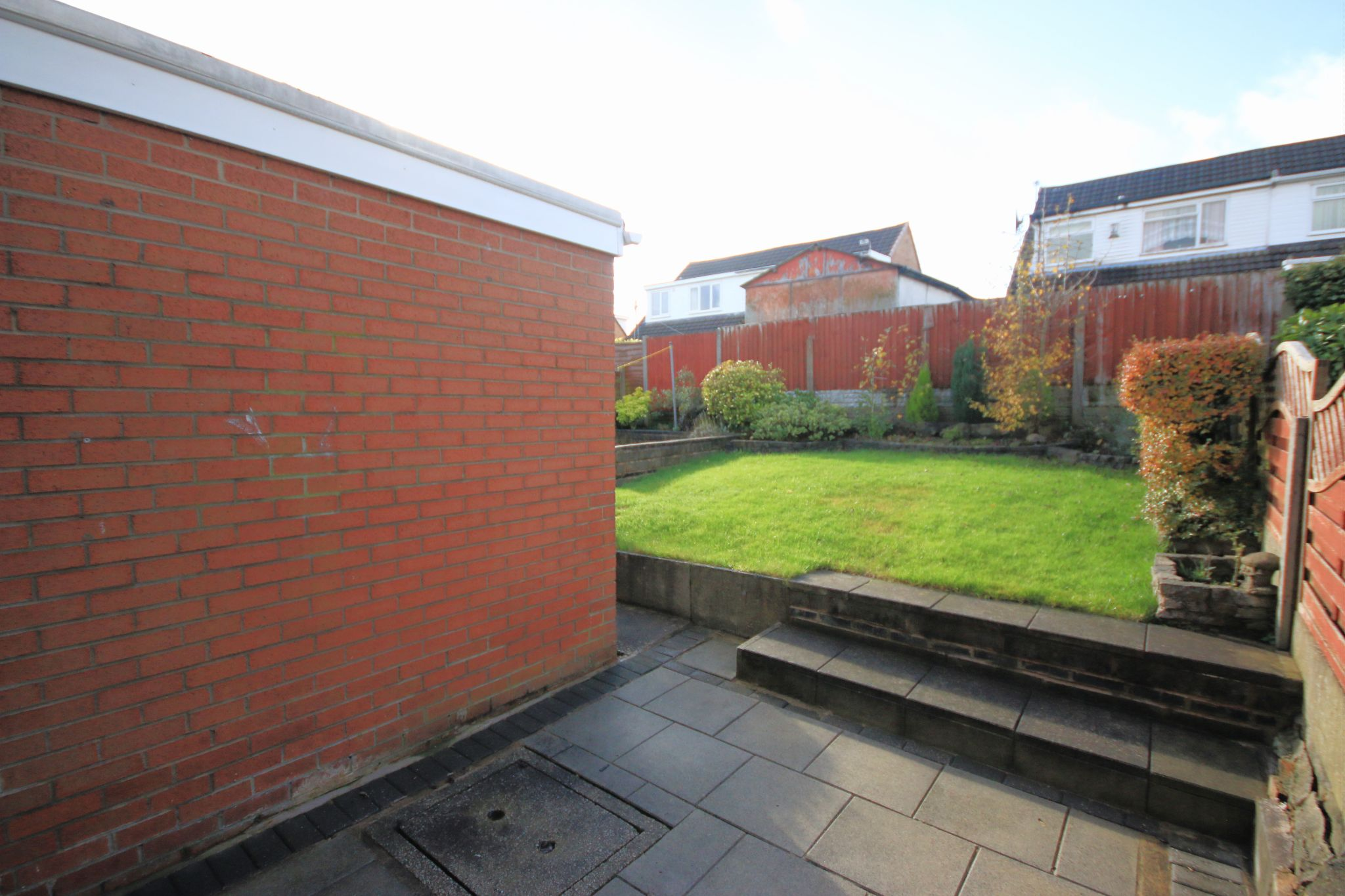 4 Bedroom Semi-detached House For Sale - Photograph 14