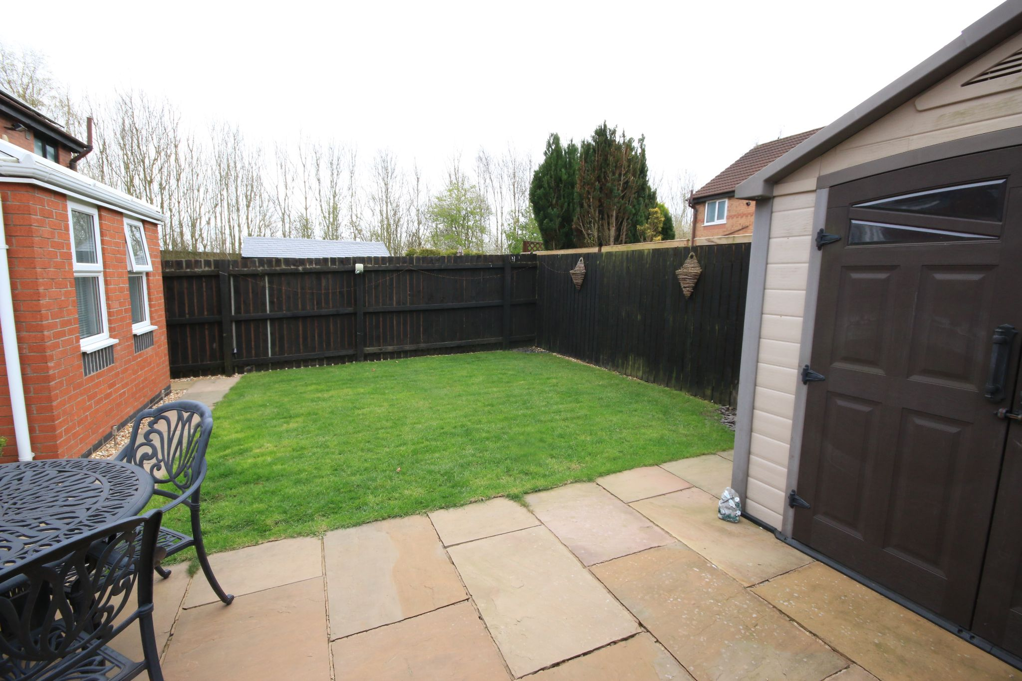 3 Bedroom Detached House To Rent - Photograph 13
