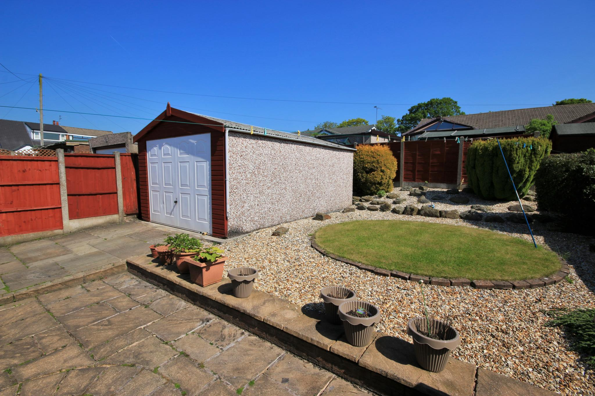 3 Bedroom Semi-detached Bungalow For Sale - Photograph 12