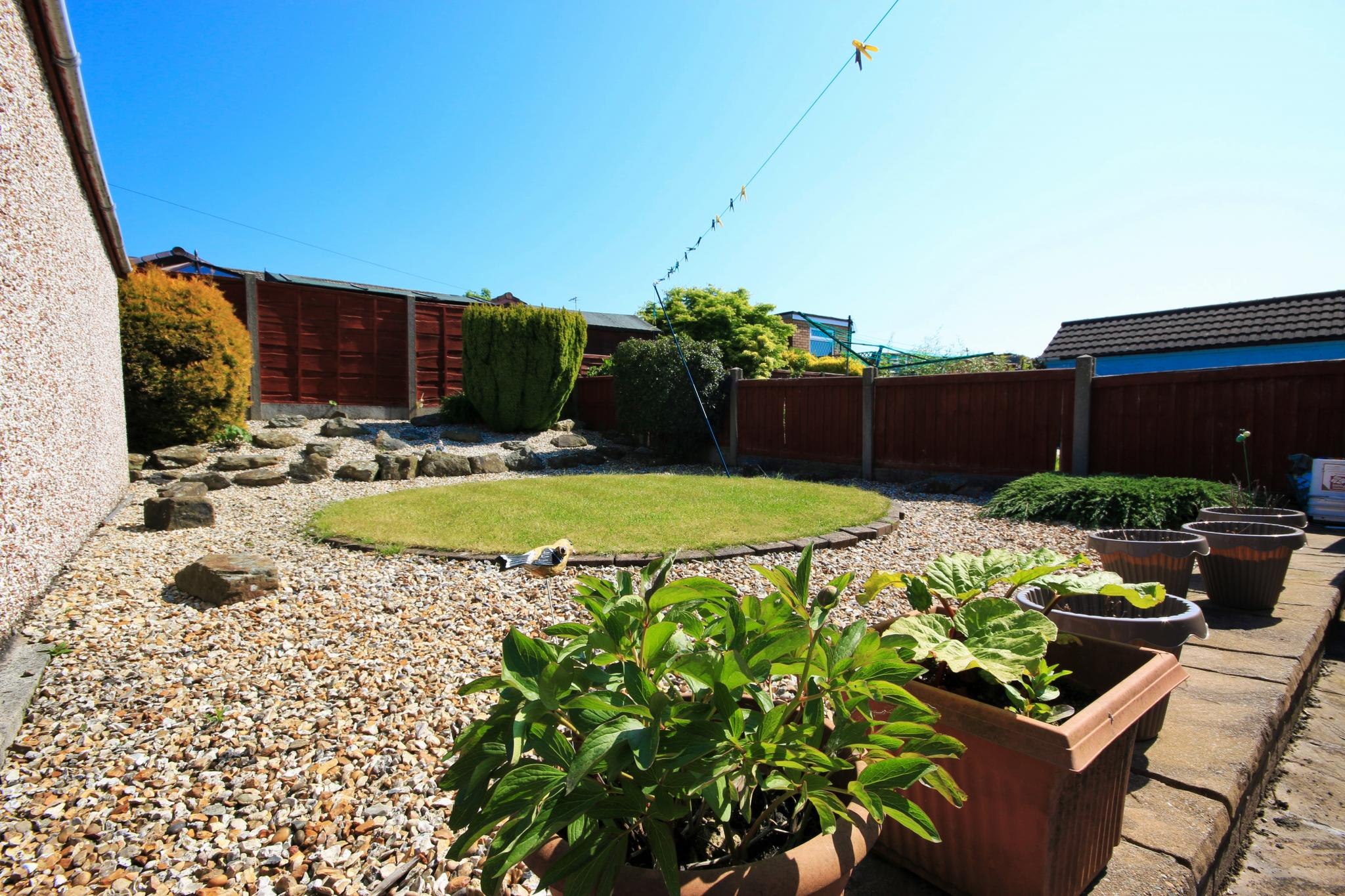 3 Bedroom Semi-detached Bungalow For Sale - Photograph 13