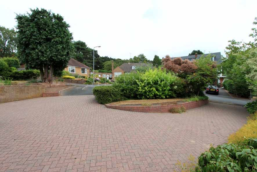 3 Bedroom Detached Bungalow For Sale - Photograph 21