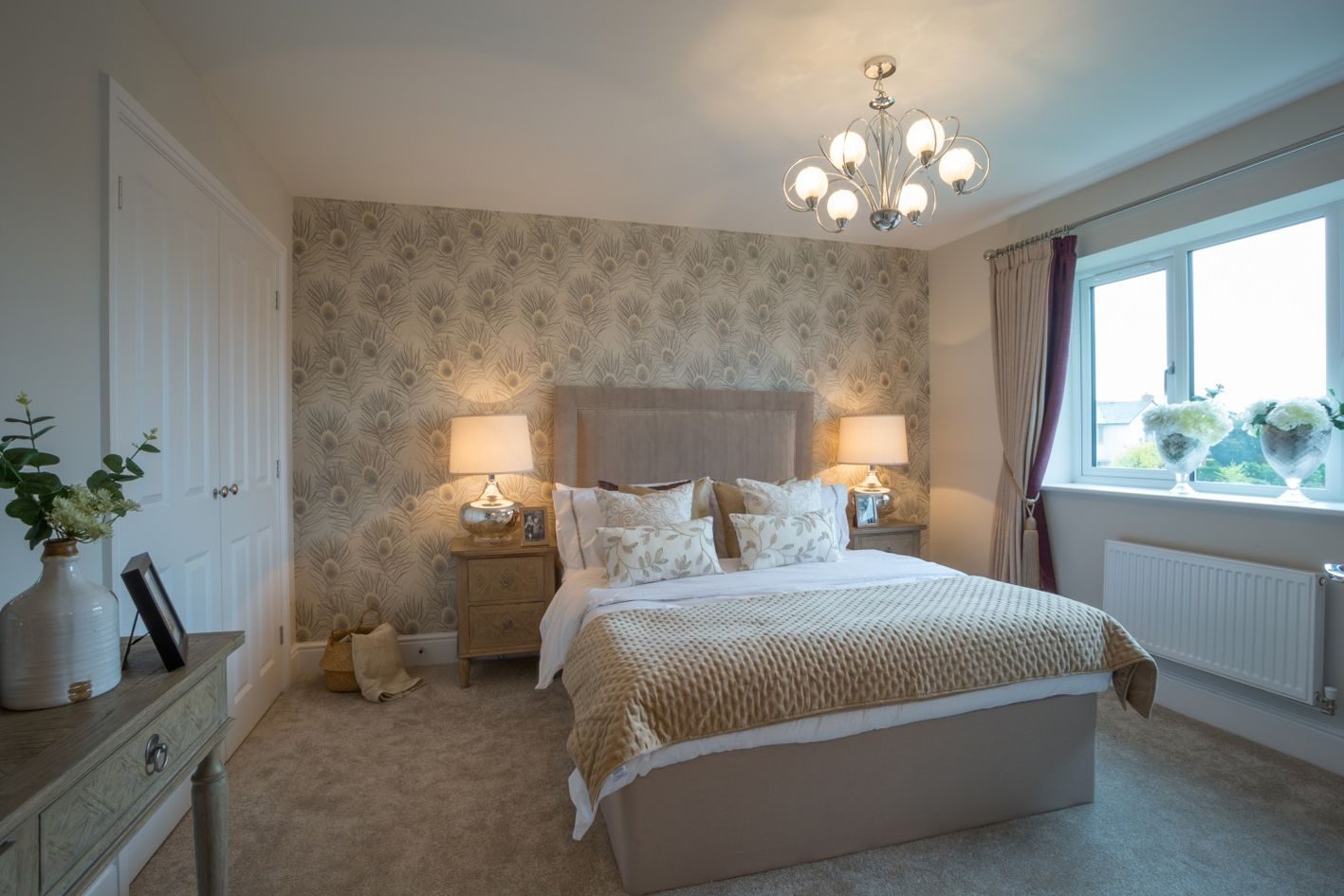 4 Bedroom Detached House For Sale - Photograph 7